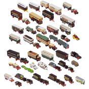 Englische Schaustellerfahrzeuge von Corgi im Maßstab 1:50 32 Metallmodelle, darunter Zugfahrzeuge,