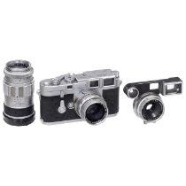 3 Objektive für Leica M Leitz, Wetzlar. 1) Summaron 2,8/35 mm, Nr. 2050815, um 1964, Glas sauber,