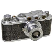 Fed Ia, um 1934-35 FED, UdSSR. Nr. 2608, noch ohne Zubehörschuh, mit Widmung auf Deckplatte.