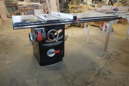 SawStop 10 in. Professional Cabinet Saw