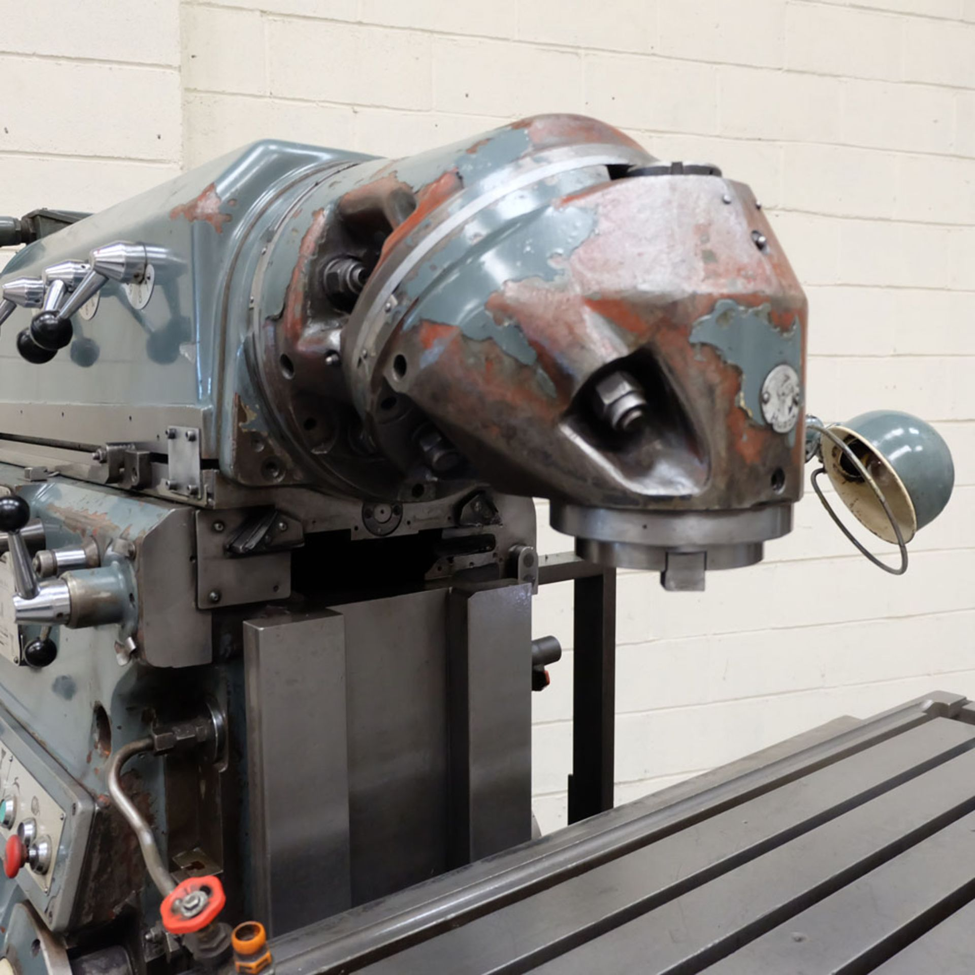 Huron MU6 Toolroom Universal Milling Machine. Table Size: 2000mm x 460mm. Taper: 50 ISO. 3 Axis DRO. - Image 5 of 6