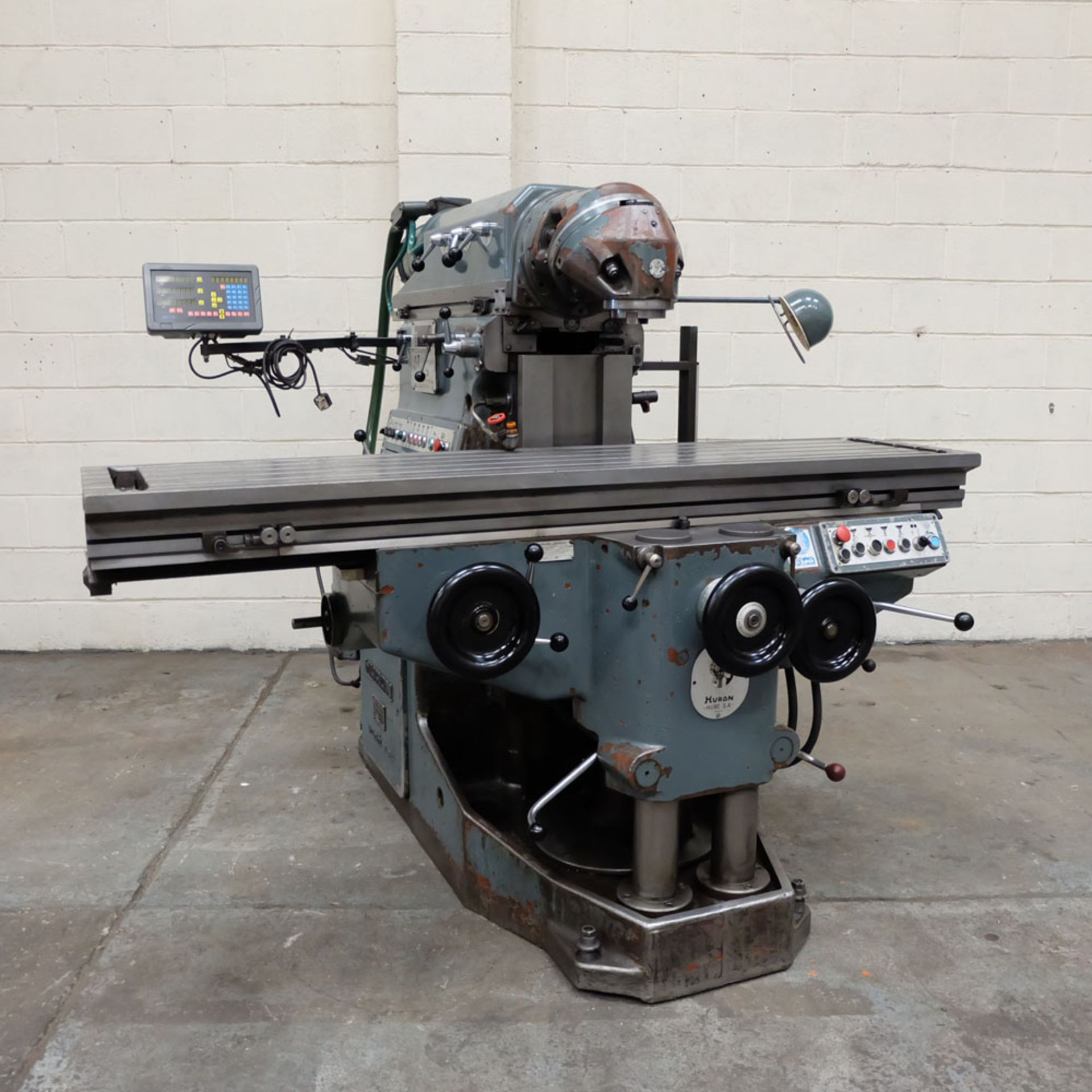 Huron MU6 Toolroom Universal Milling Machine. Table Size: 2000mm x 460mm. Taper: 50 ISO. 3 Axis DRO.