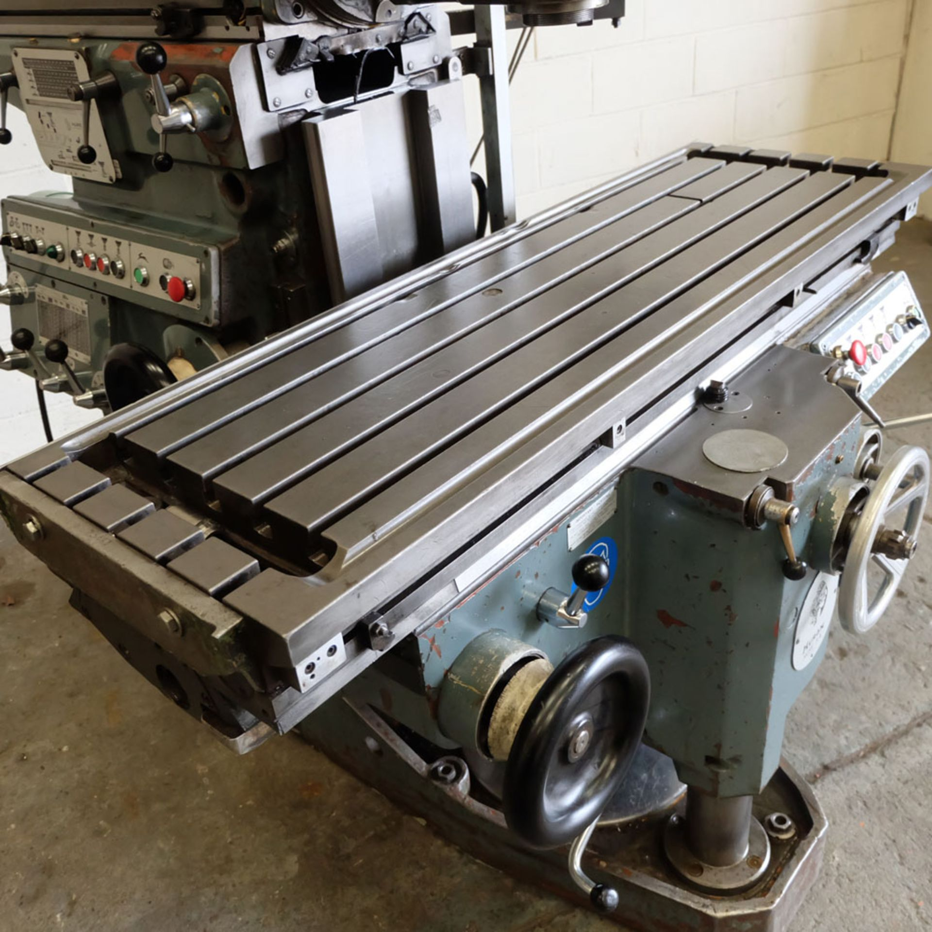 Huron NU4 Toolroom Universal Milling Machine. Table Size: 1435mm x 460mm. Taper: 50 ISO. 2 Axis DRO. - Image 2 of 6