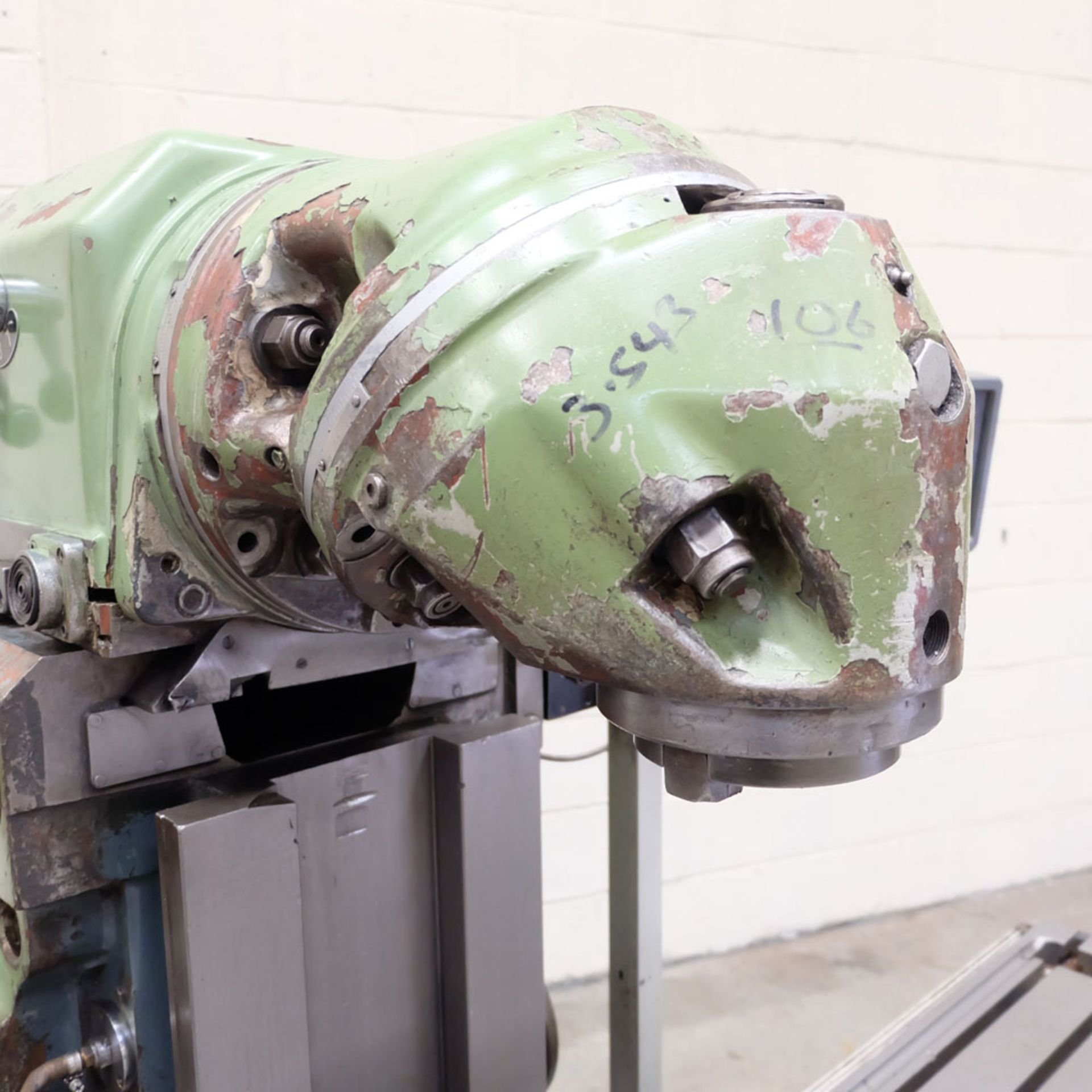 Huron NU5 Toolroom Universal Milling Machine. Table Size: 1635mm x 460mm. Taper: 50 ISO. 3 Axis DRO. - Image 5 of 6