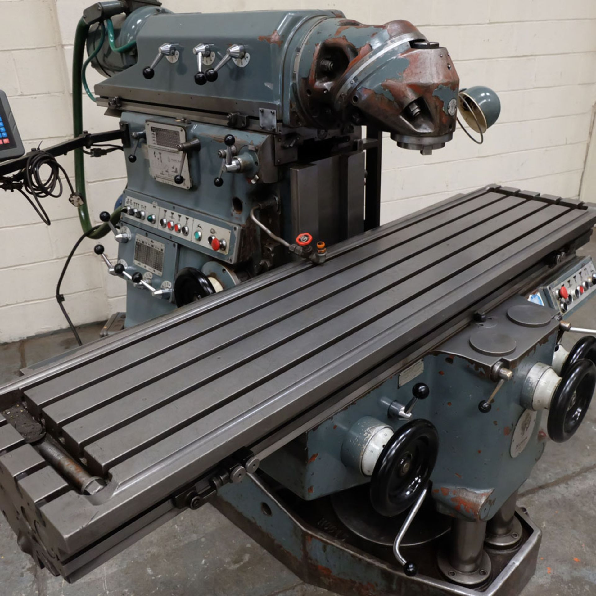 Huron MU6 Toolroom Universal Milling Machine. Table Size: 2000mm x 460mm. Taper: 50 ISO. 3 Axis DRO. - Image 2 of 6