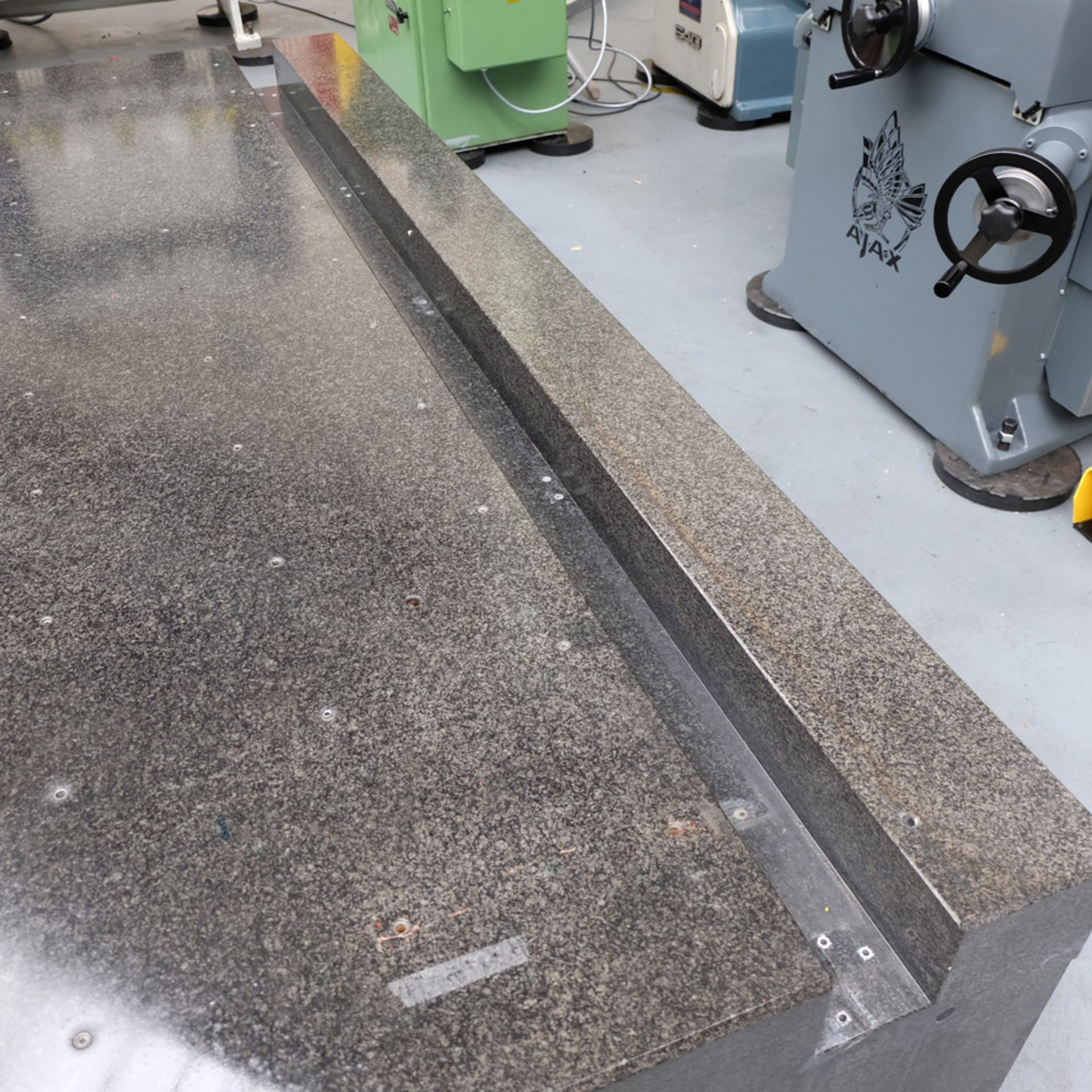 LK Granite Surface Table. Size: 2860mm x 1880mm x 460mm. - Image 6 of 7