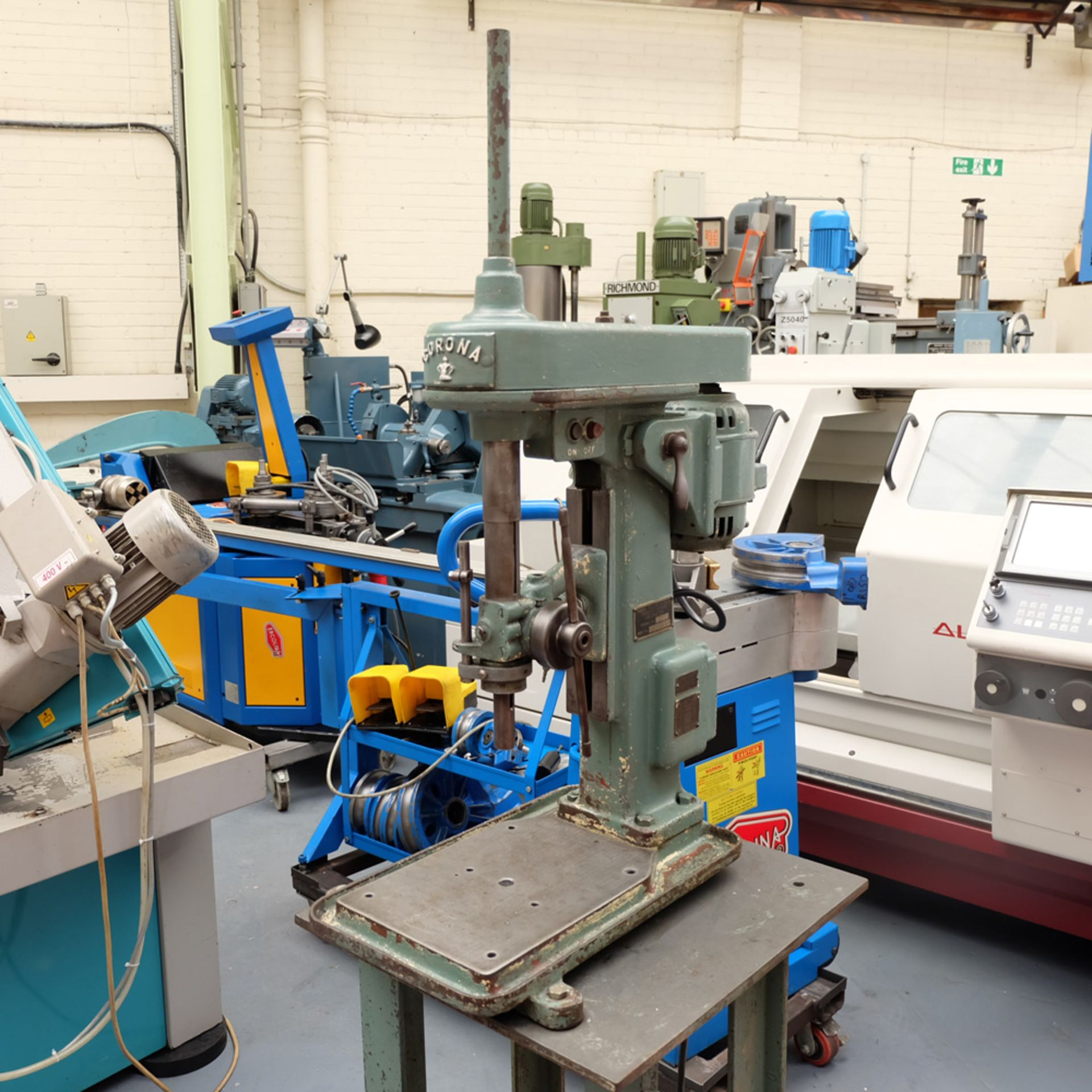 Pollard Corona Model 1FX Bench Drilling Machine. Throat 150mm. Spindle Speeds 500 - 1500rpm. - Image 3 of 7