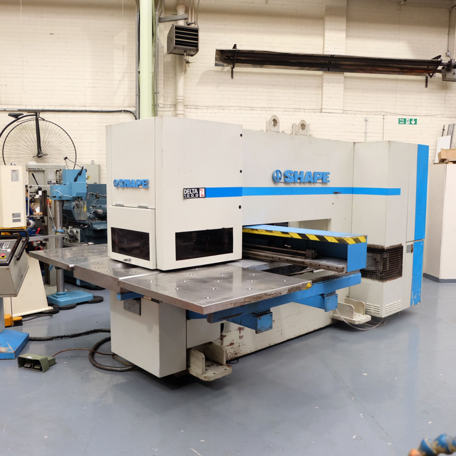 LVD SHAPE Model Delta 1000 Thick CNC Punching Machine.With Fanuc MNC 4000 Control.Capacity: 20 Tons. - Image 2 of 19