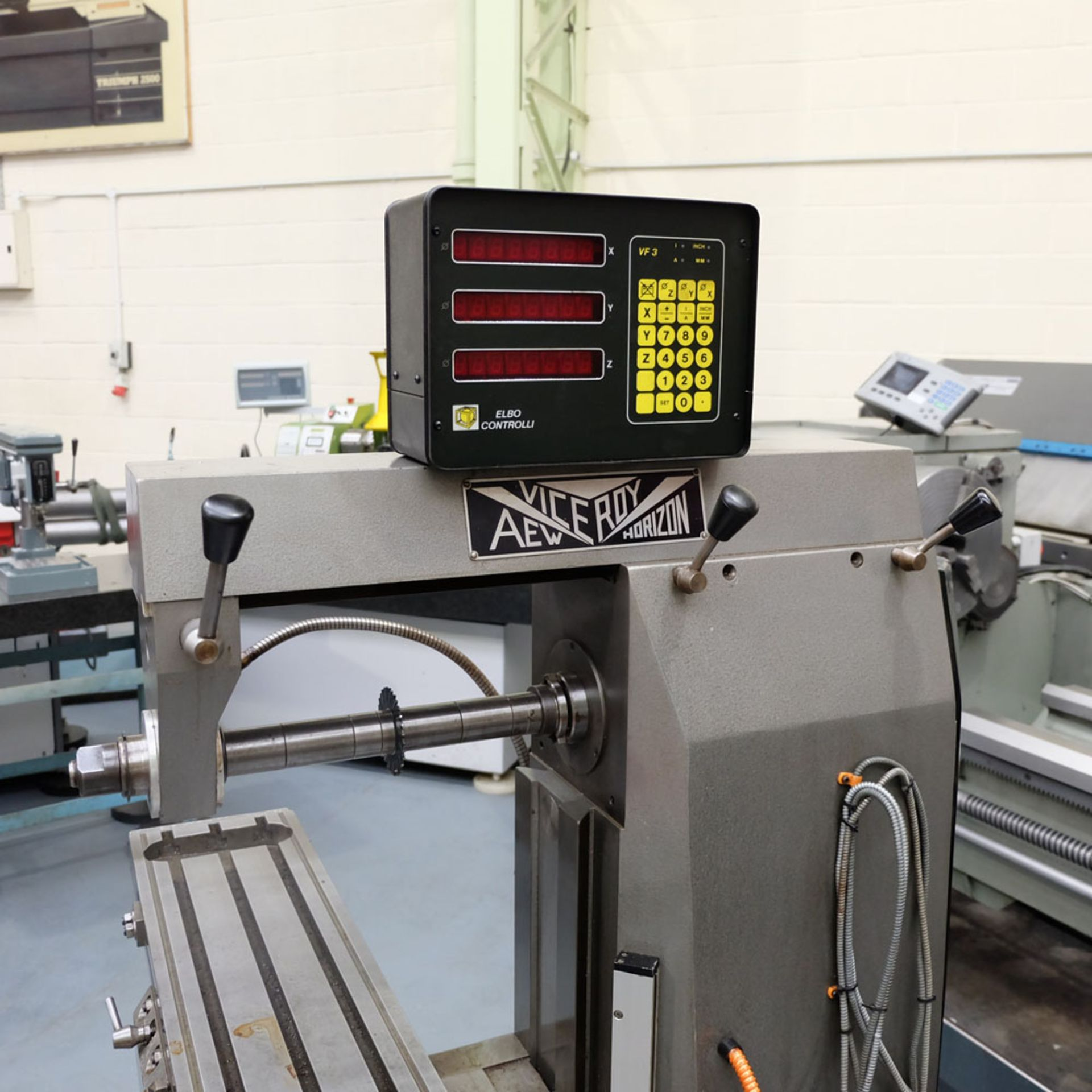 Viceroy Type AEW Horizon Horizontal Milling Machine. Taper 30 ISO. 2 Axis Digital Readout. - Image 3 of 10