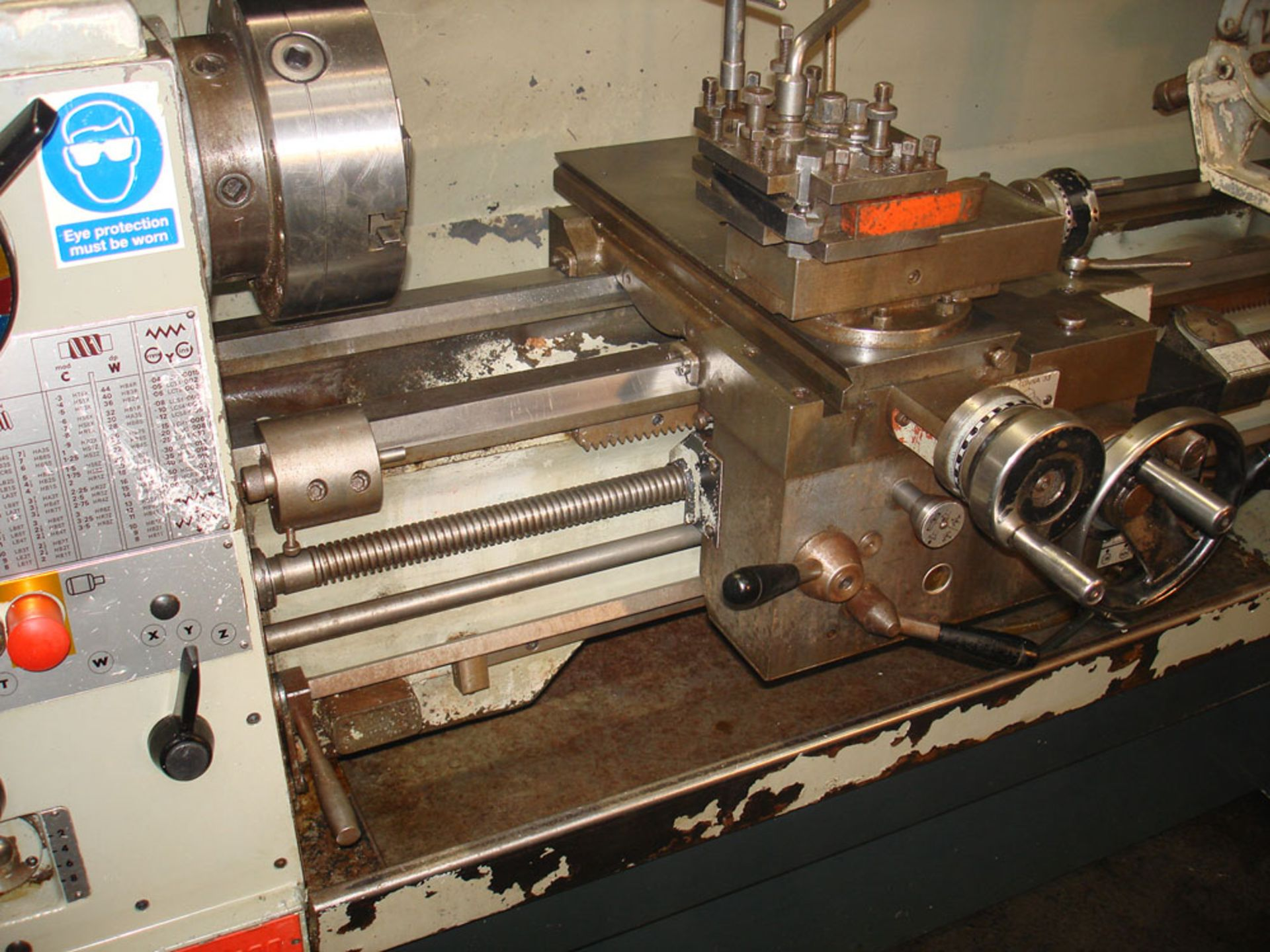 Colchester Triumph 2000 Straight Bed Centre Lathe. Swing 390mm x 1250 Between Centres. - Image 3 of 5