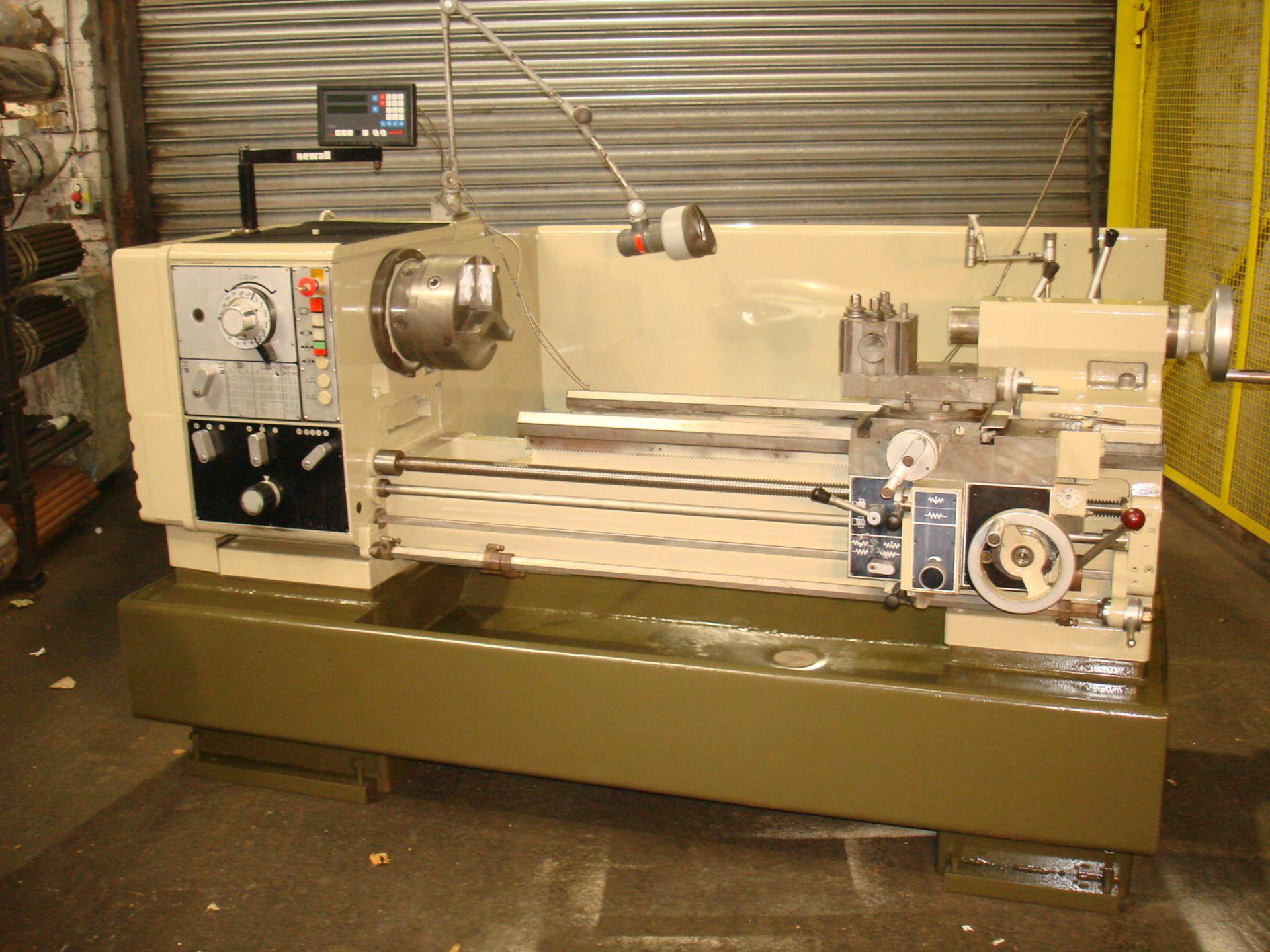 Harrison Model 400 Gap Bed Lathe. Swing 430 mm x 1000mm.