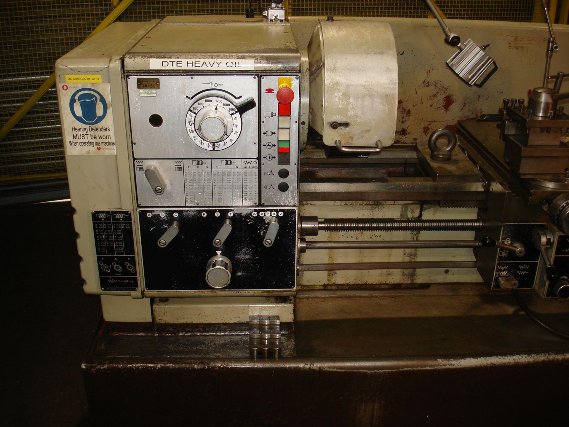 Harrison M400 Gap Bed Centre Lathe. Swing 430 mm x 1500mm. - Image 4 of 6
