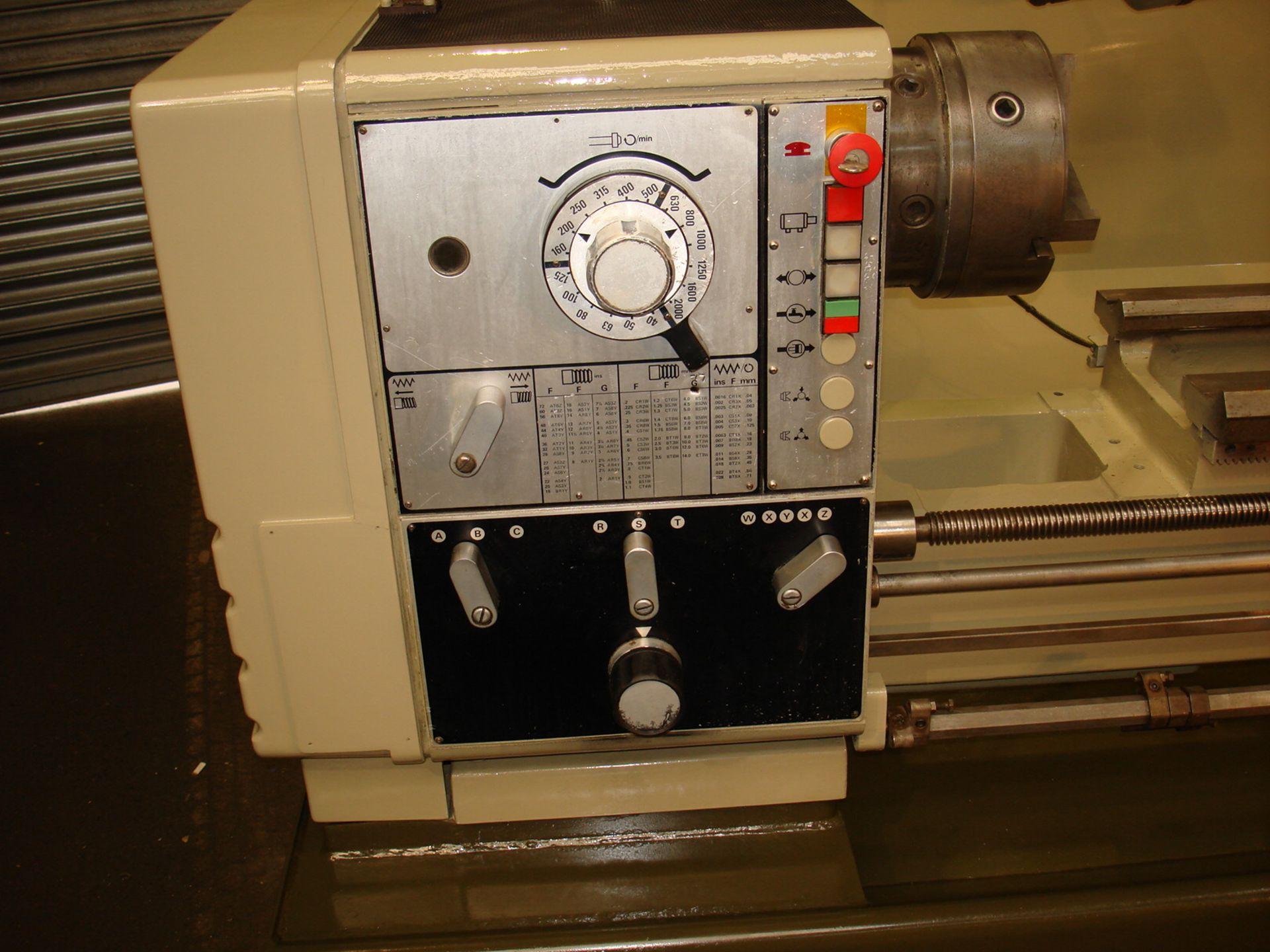 Harrison Model 400 Gap Bed Lathe. Swing 430 mm x 1000mm. - Image 3 of 5