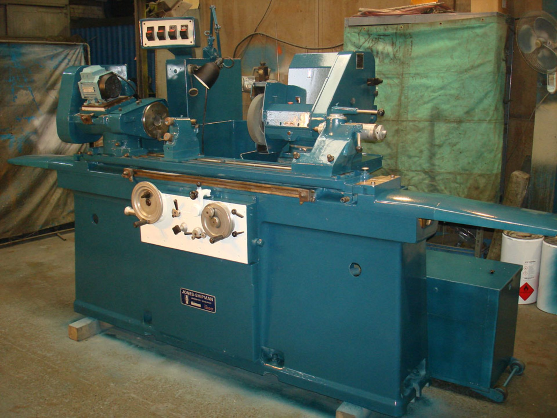 Jones & Shipman 1307 Universal Cylindrical Grinder. Swing 356 x 1016mm Between Centres.