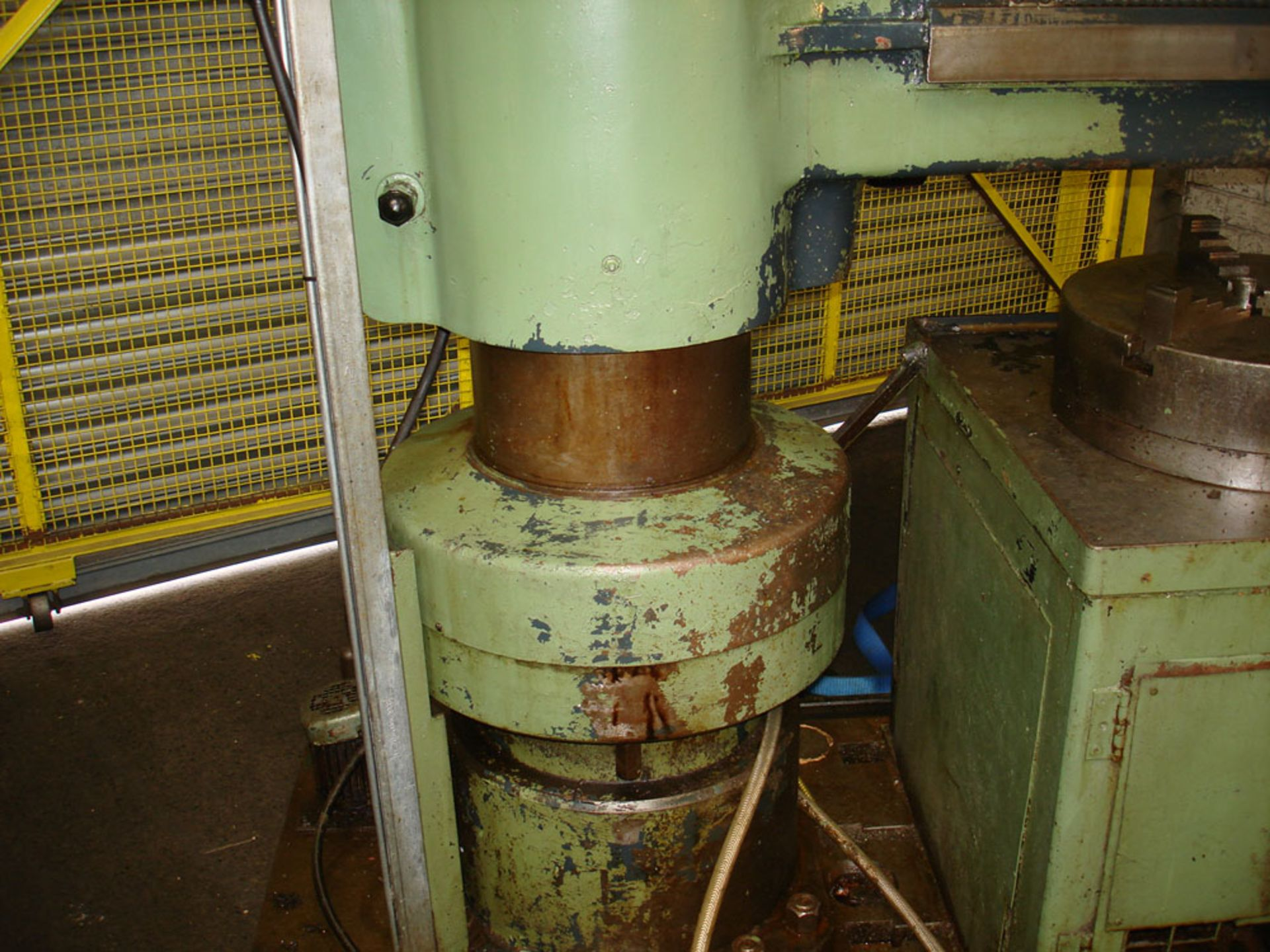 """Asquith Power thrust 4ft 6 Radial Arm Drill. Arm length 4ft 6"""". - Image 3 of 7"""