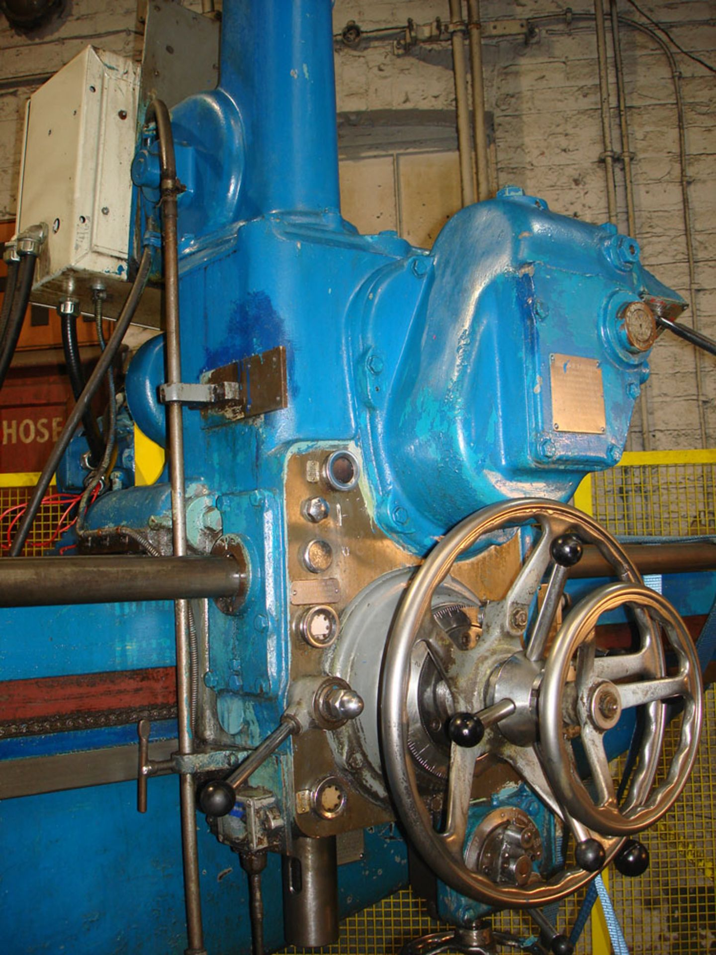 Asquith OD1 6ft Radial Arm Drill. Arm lenght 6ft. Spindle 5 Morse Taper. Speeds 8-800rpm. Box Table. - Image 3 of 7
