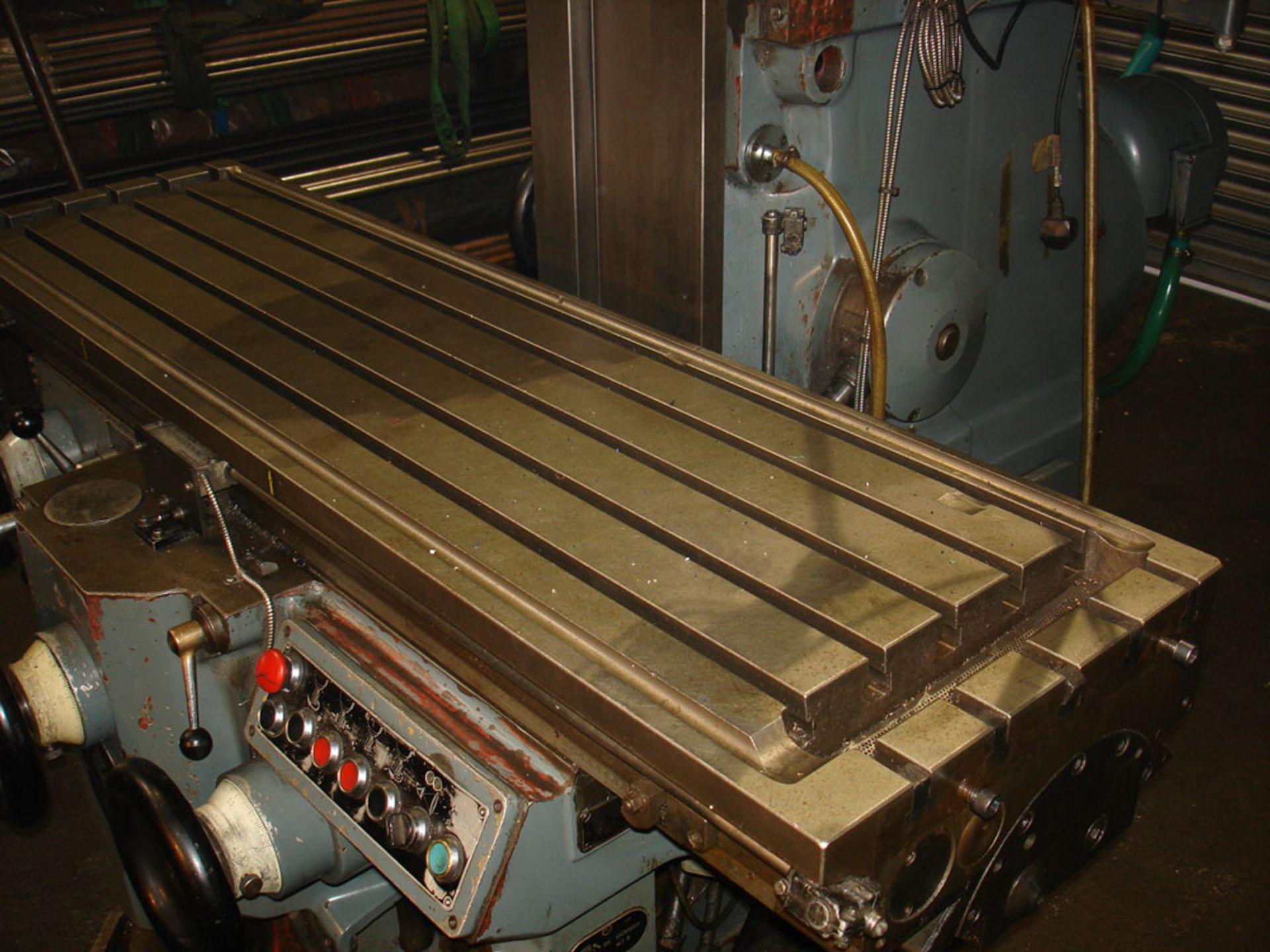 Huron NU5 Universal Milling Machine. Universal Head. Table 1600 x 460 mm. - Image 3 of 7