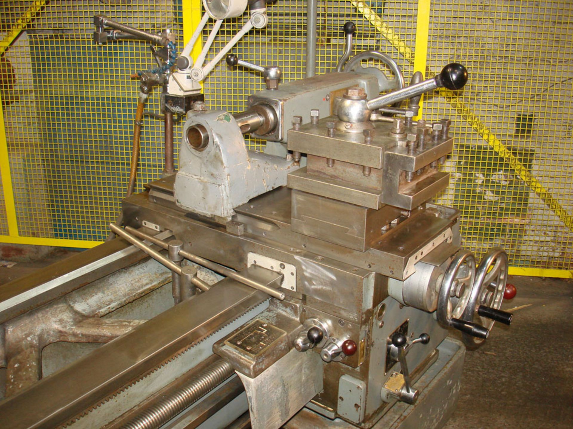 """Dean Smith & Grace 2112 x 50 Gap Bed Centre Lathe. Swing Over Bed 21"""". Distance Between Centres 50"""". - Image 6 of 9"""