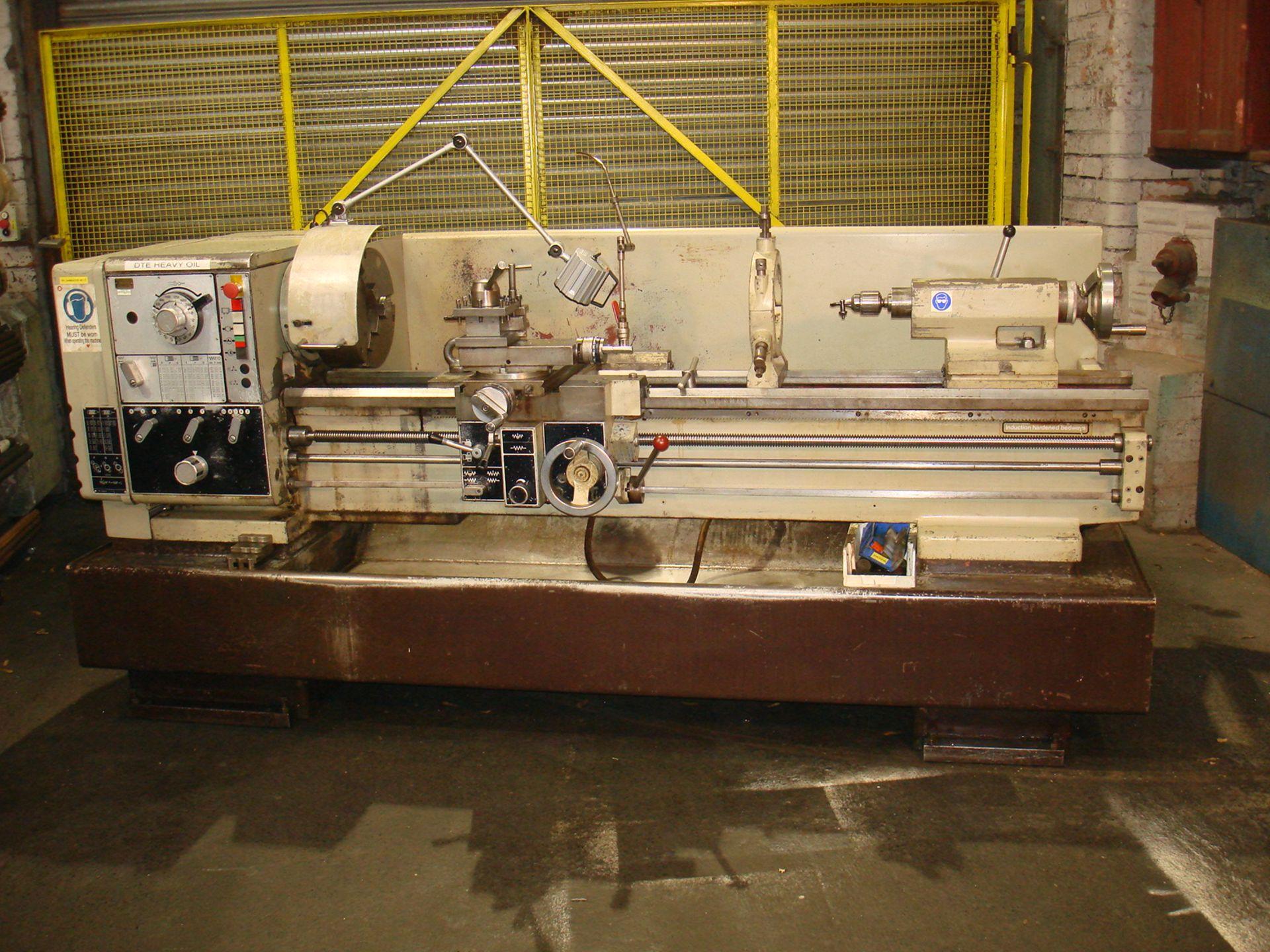 Harrison M400 Gap Bed Centre Lathe. Swing 430 mm x 1500mm.