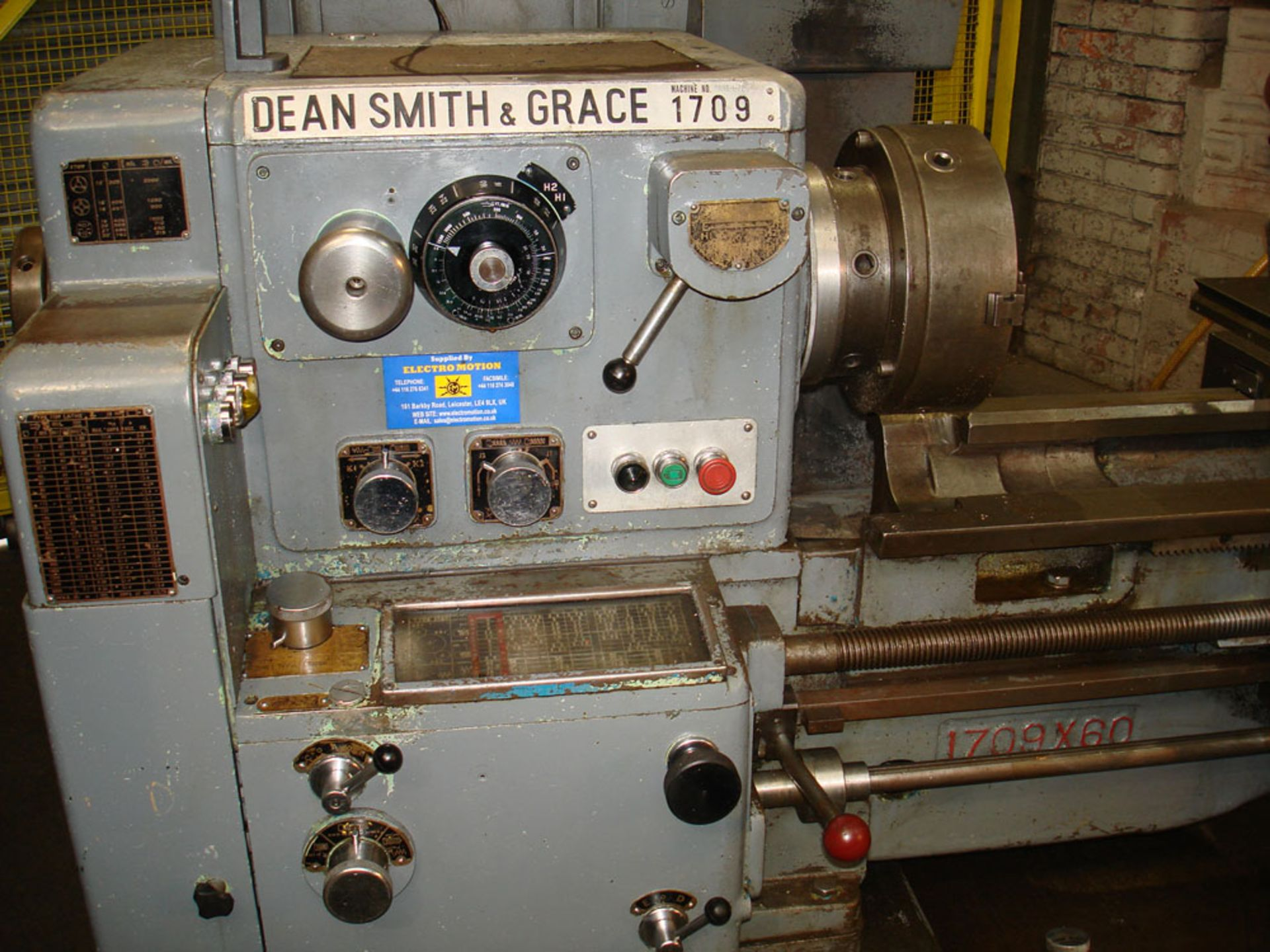 """Dean Smith & Grace 1709 Gap Bed Centre Lathe. Swing 17"""" Over Bed. 50"""" Between Centres. - Image 3 of 5"""
