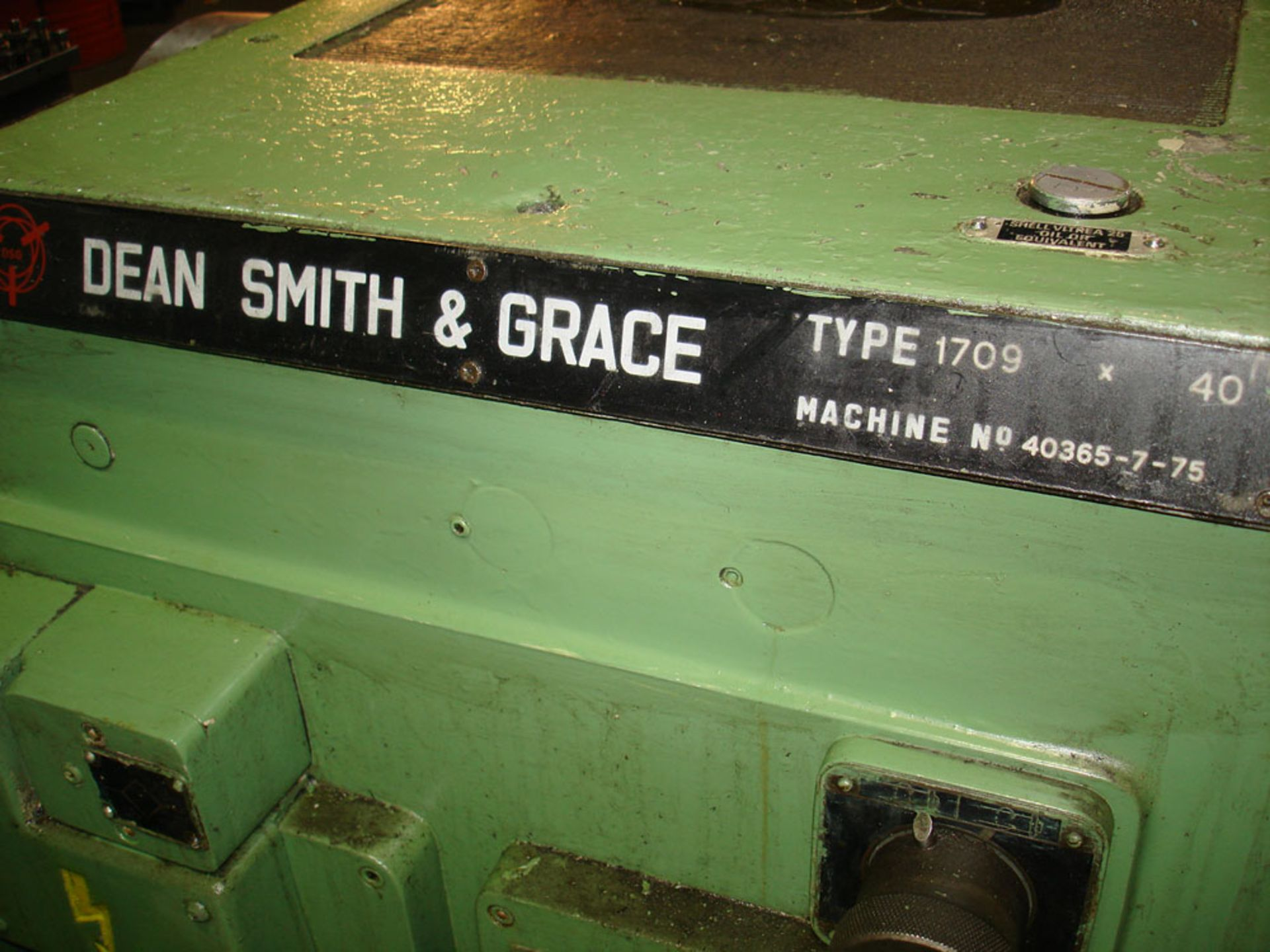 """Dean Smith & Grace 1709 Centre Lathe. Swing 17"""" Over Bed. 40"""" Between Centres. - Image 6 of 6"""