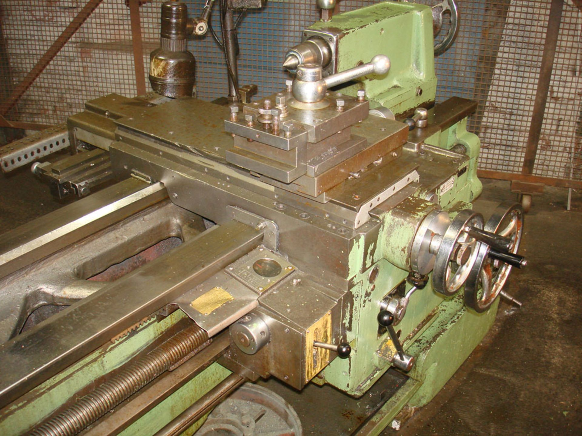 """Dean Smith & Grace 1709 Centre Lathe. Swing 17"""" Over Bed. 40"""" Between Centres. - Image 4 of 6"""