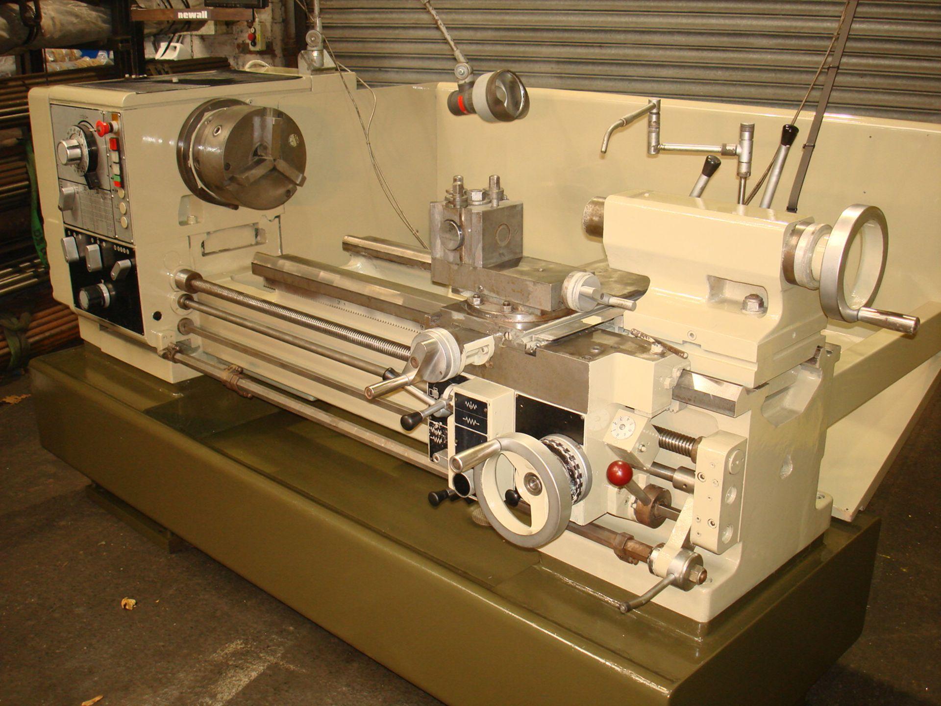 Harrison Model 400 Gap Bed Lathe. Swing 430 mm x 1000mm. - Image 2 of 5