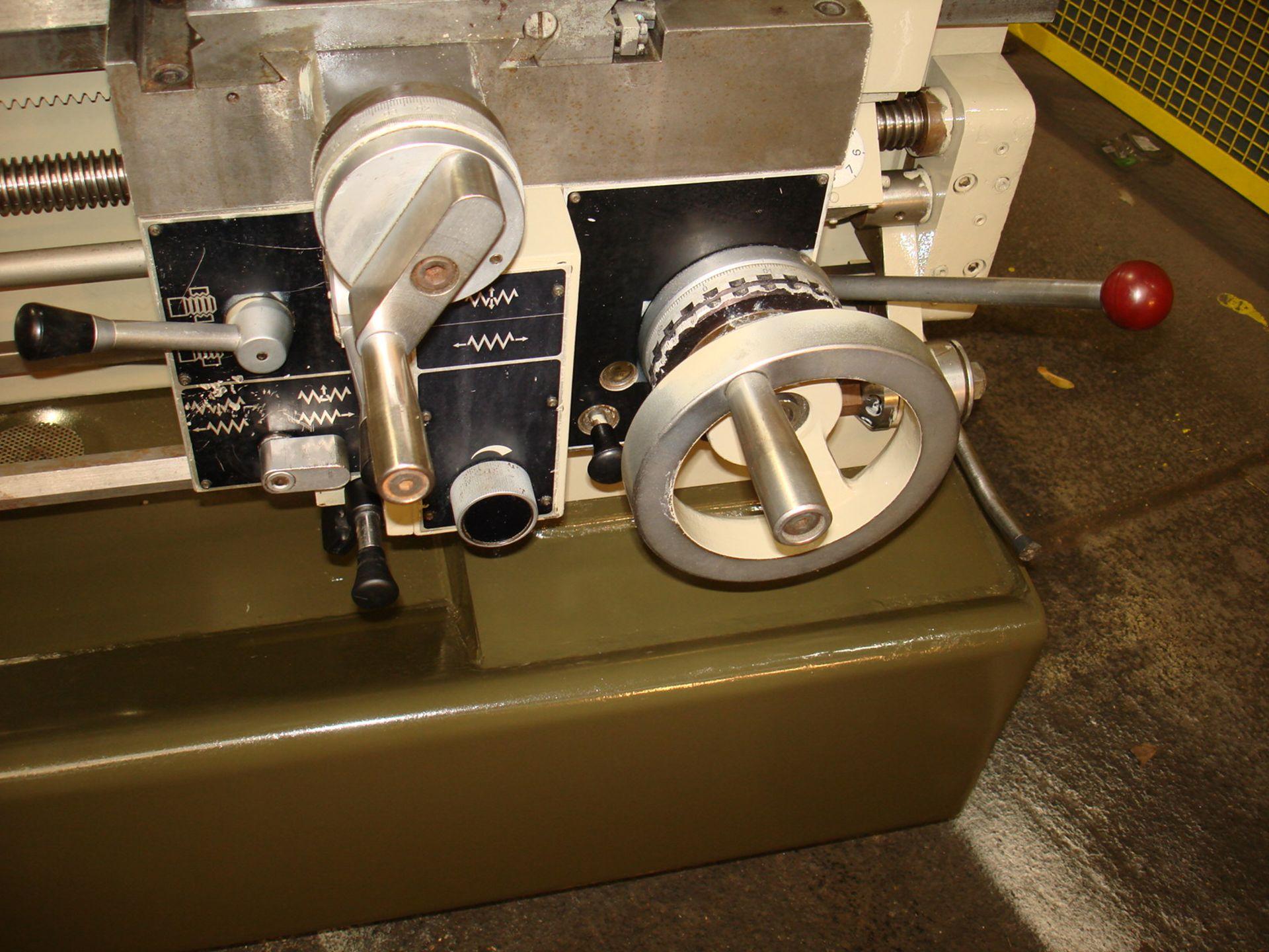 Harrison Model 400 Gap Bed Lathe. Swing 430 mm x 1000mm. - Image 5 of 5