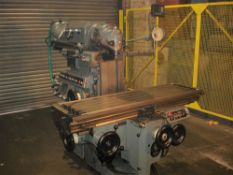 Huron NU5 Universal Milling Machine. Universal Head. Table 1600 x 460 mm.