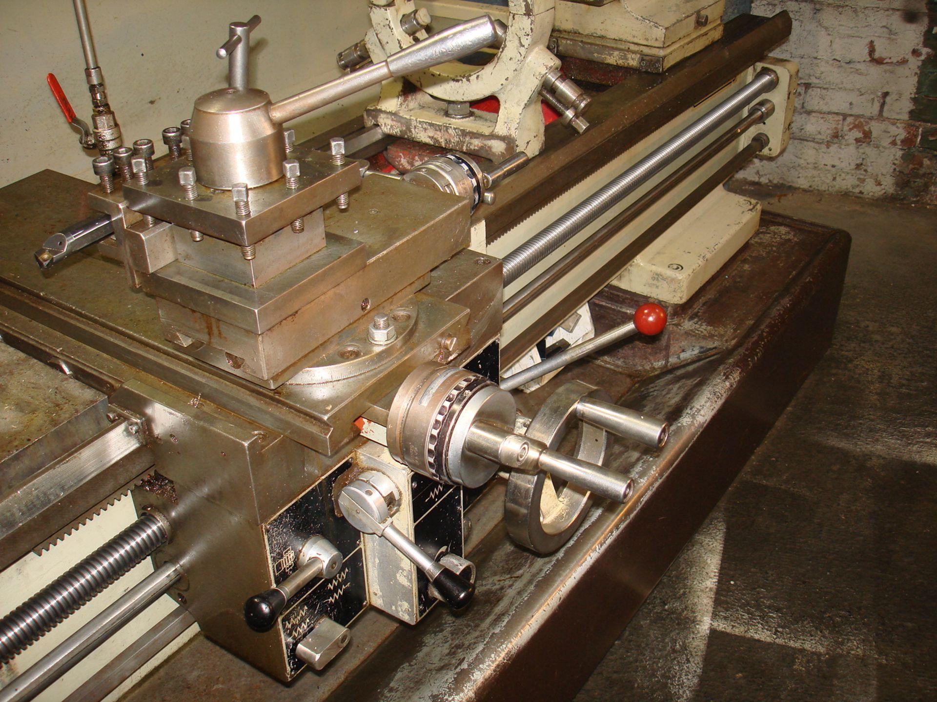 Harrison M400 Gap Bed Centre Lathe. Swing 430 mm x 1500mm. - Image 6 of 6