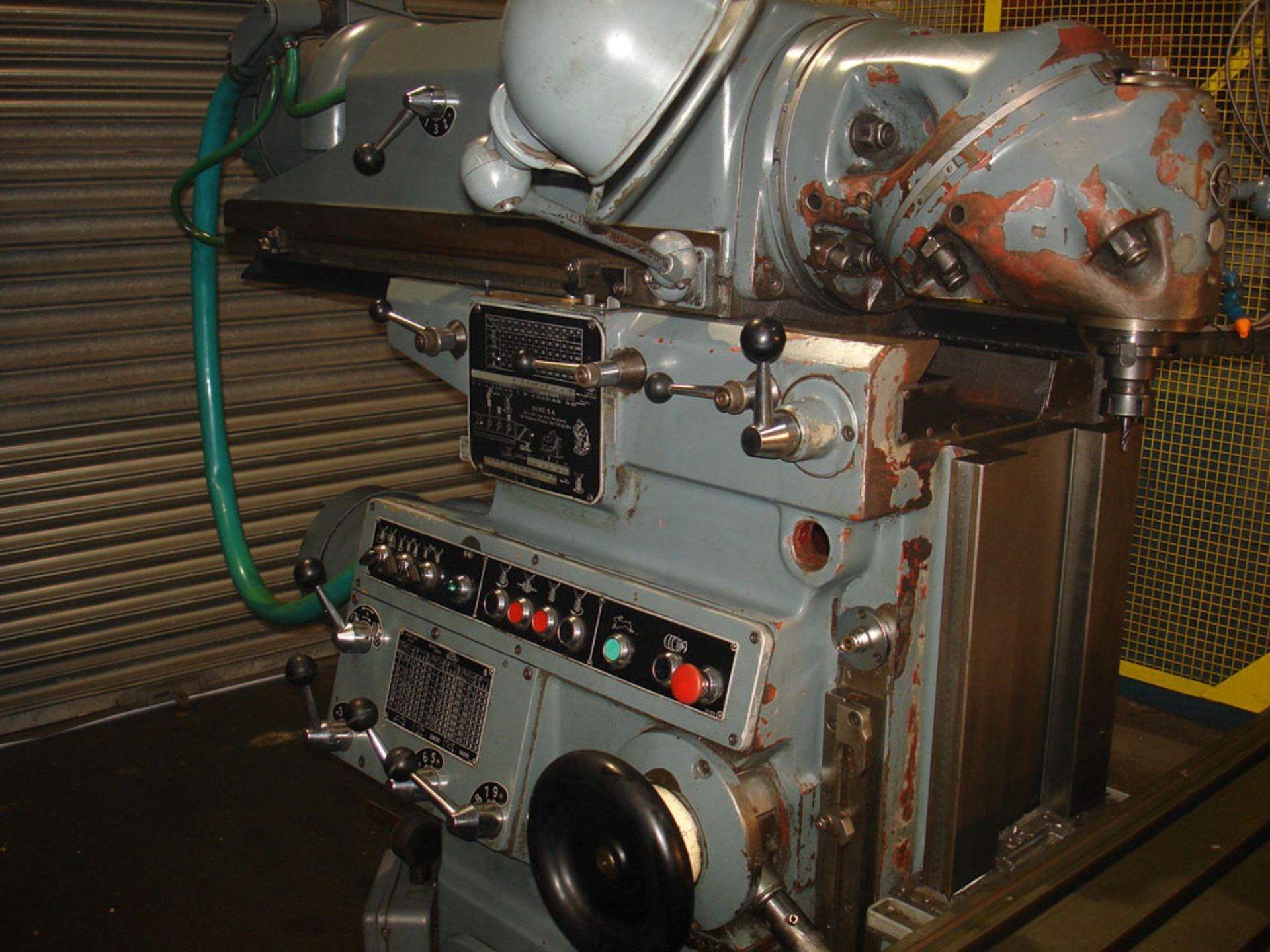 Huron NU5 Universal Milling Machine. Universal Head. Table 1600 x 460 mm. - Image 5 of 7