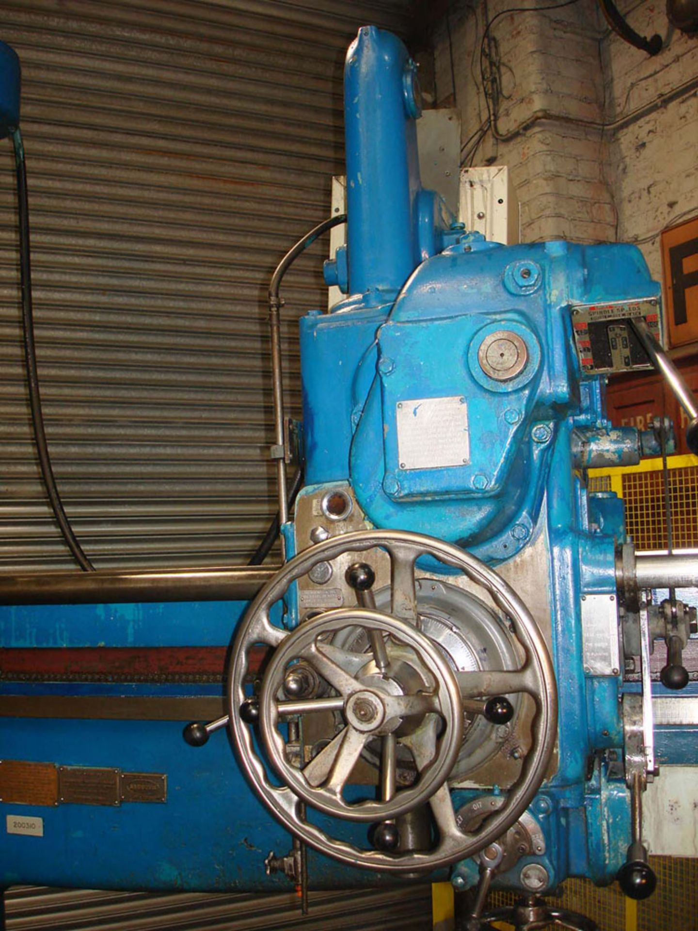 Asquith OD1 6ft Radial Arm Drill. Arm lenght 6ft. Spindle 5 Morse Taper. Speeds 8-800rpm. Box Table. - Image 2 of 7