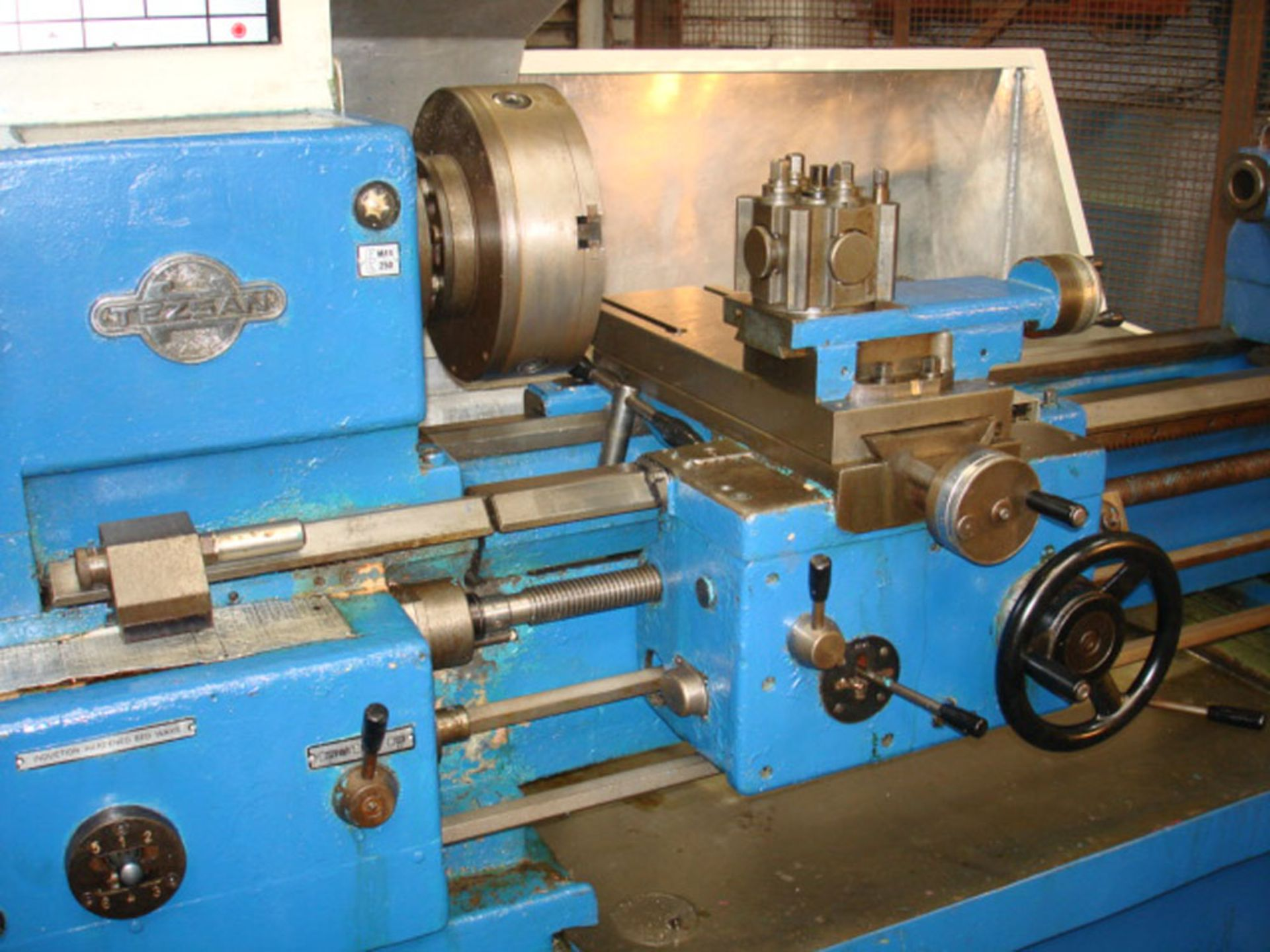 Tezsan SN50 Centre Lathe. Swing Over Bed 500mm x 1000mm Between Centres. - Image 3 of 7