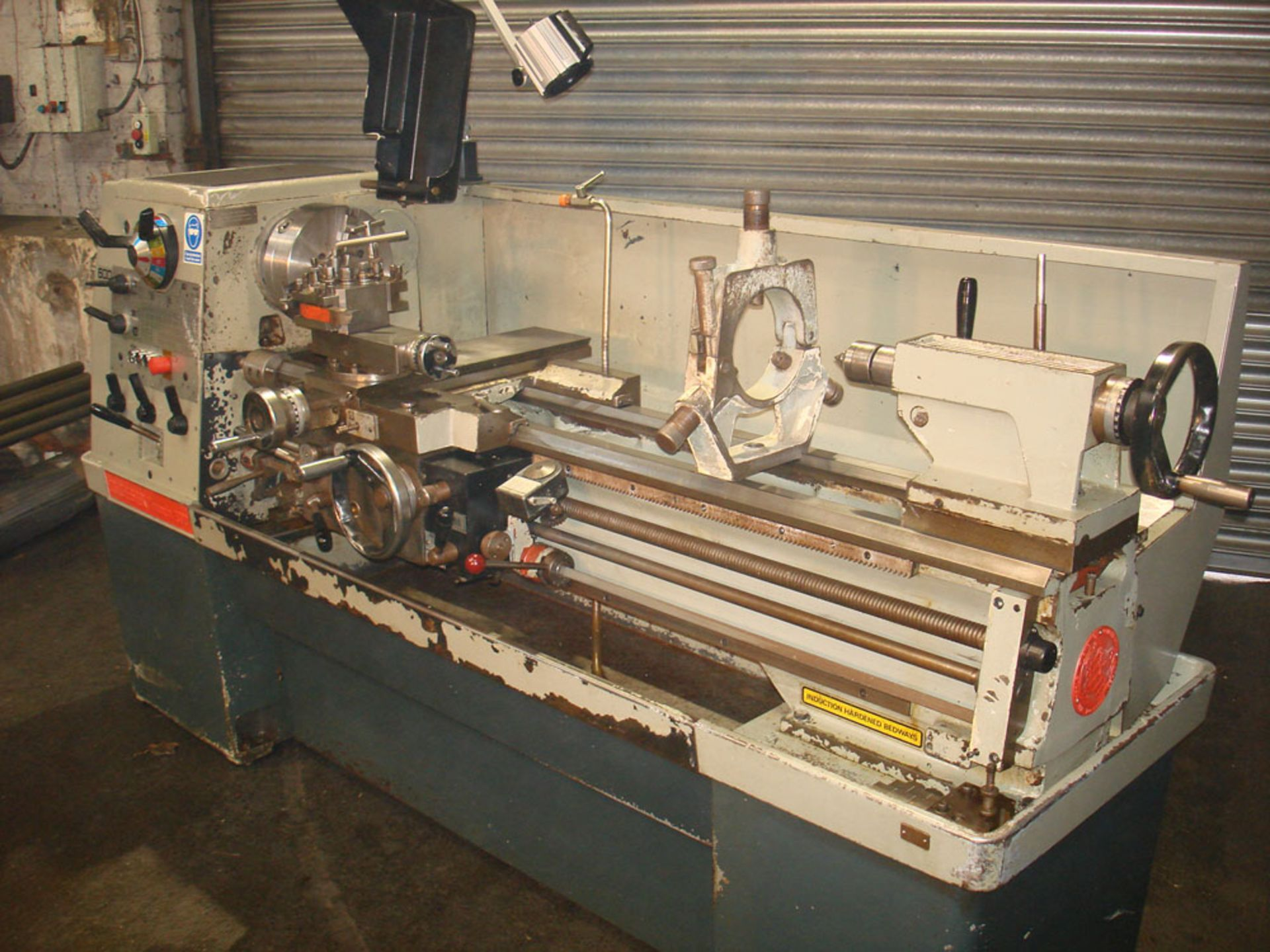 Colchester Triumph 2000 Straight Bed Centre Lathe. Swing 390mm x 1250 Between Centres. - Image 2 of 5