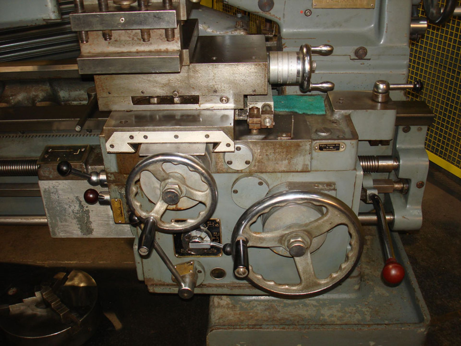 """Dean Smith & Grace 2112 x 50 Gap Bed Centre Lathe. Swing Over Bed 21"""". Distance Between Centres 50"""". - Image 8 of 9"""