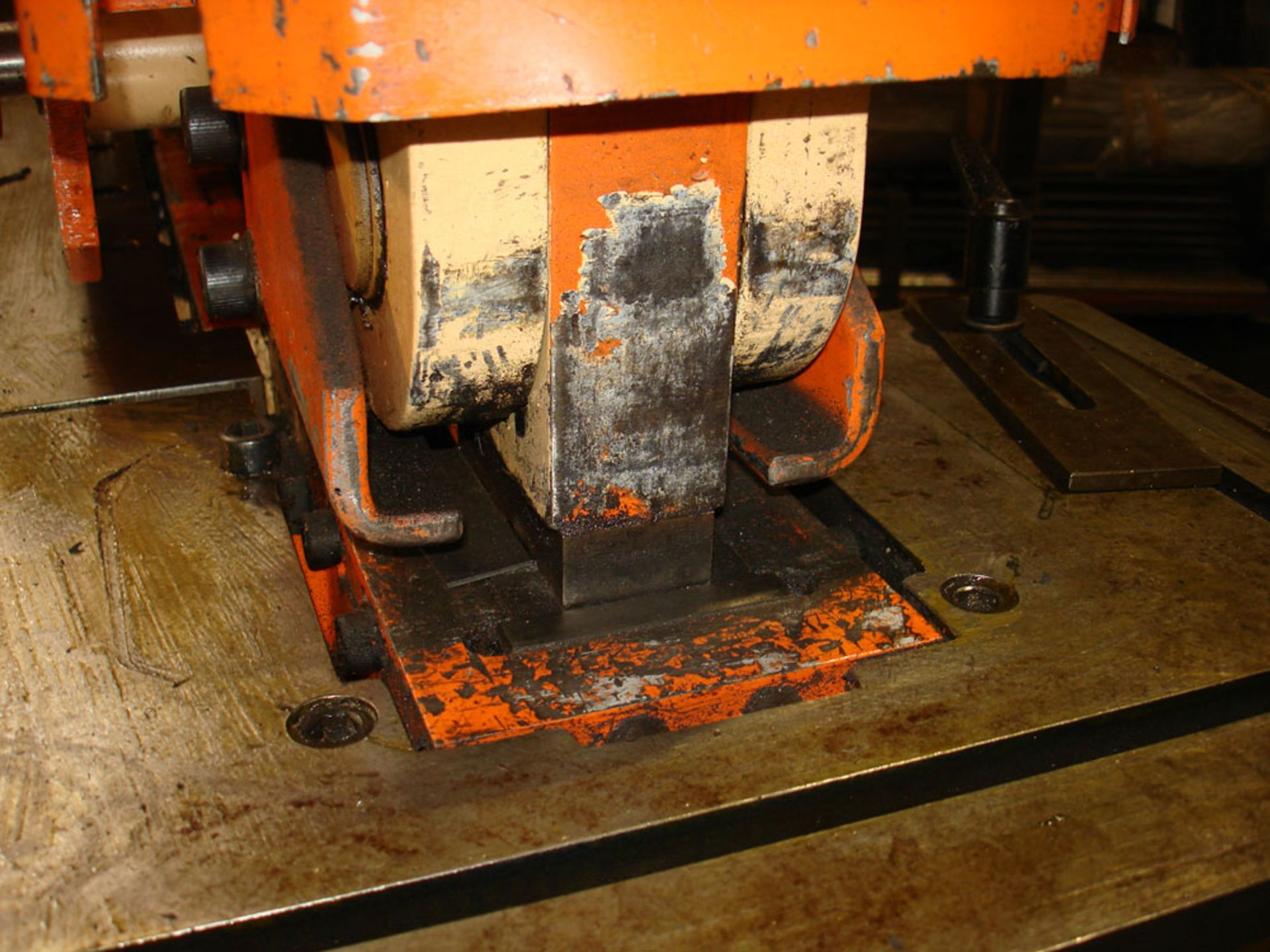 UNIMACH Mach 650 Universal Steel Worker. 65 Ton Capacity. - Image 7 of 11