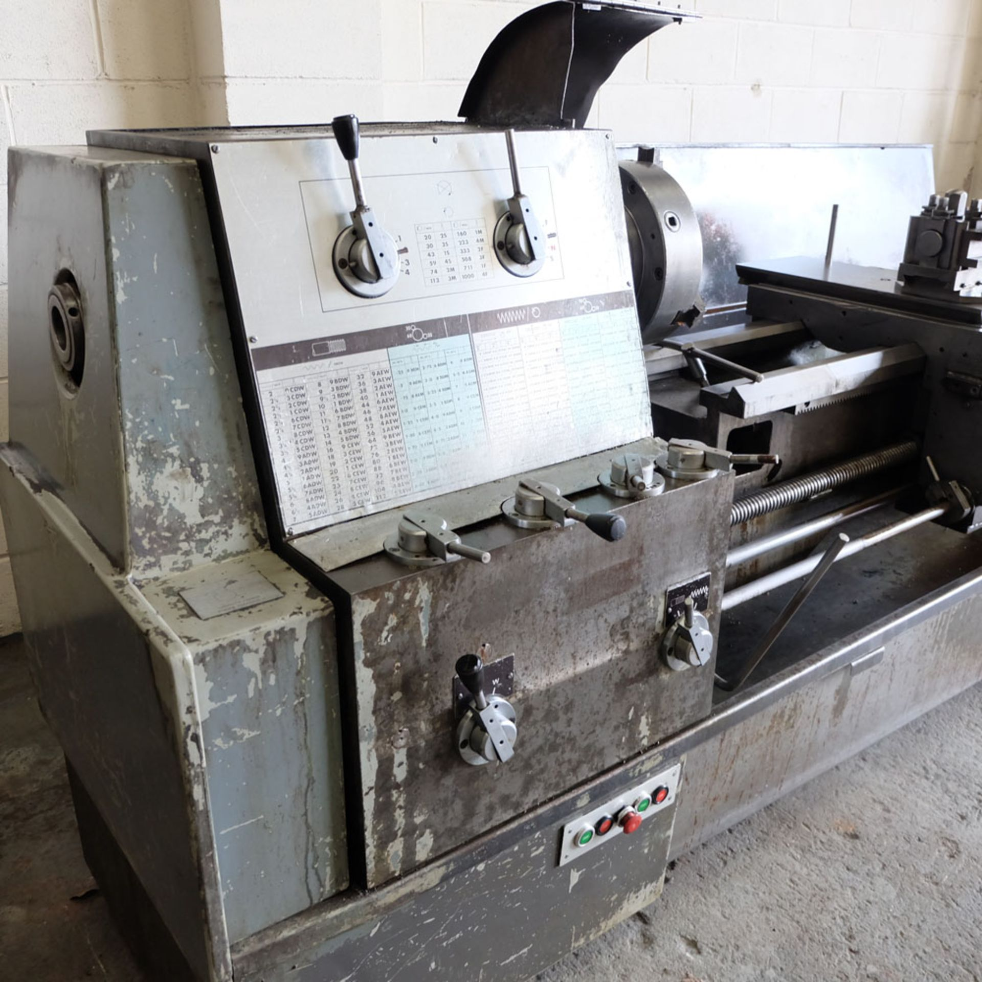 """Elliott 460 Gap Bed Centre Lathe. Swing Over Bed 18"""". Between Centres 60"""". - Image 6 of 7"""