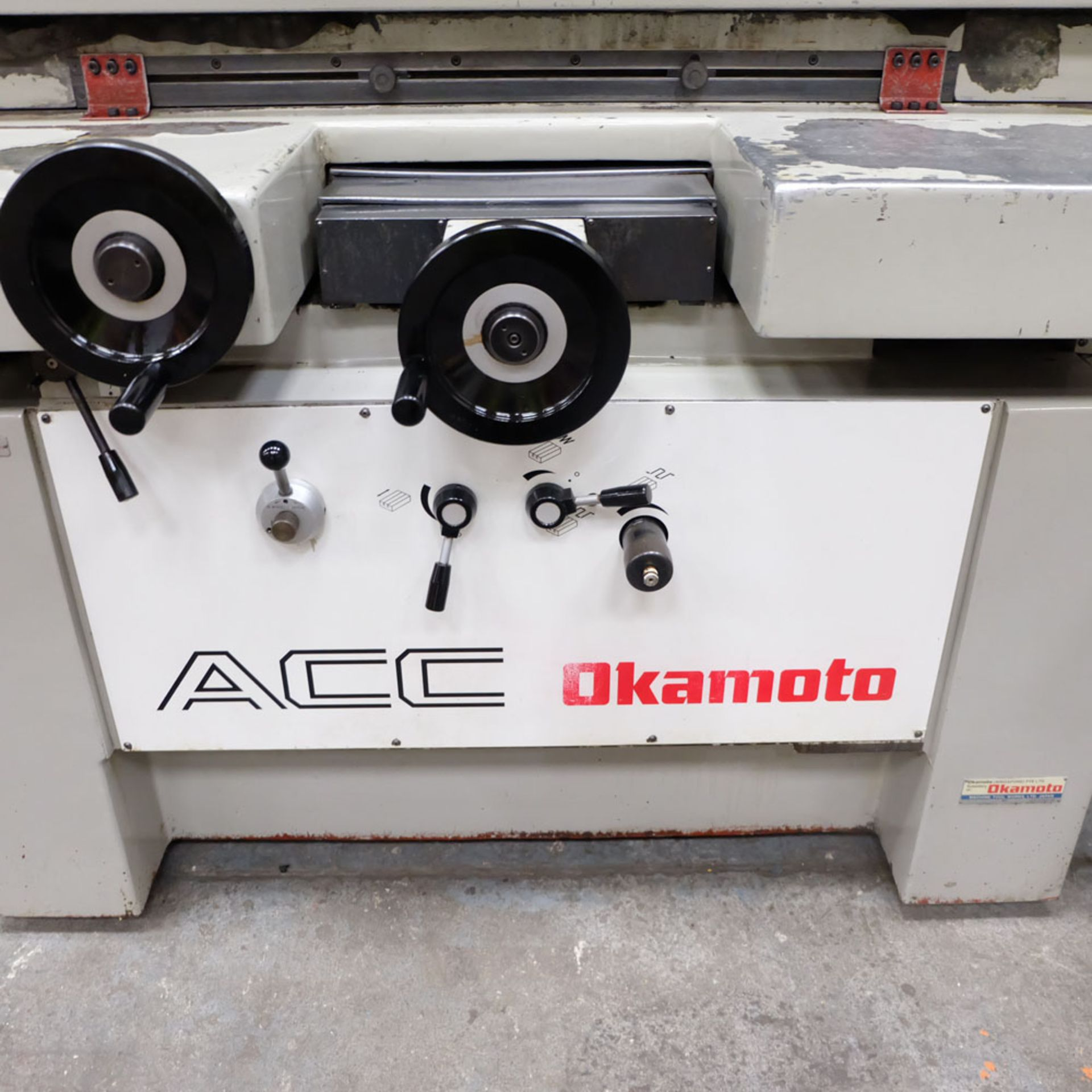 """Okamoto Type ACC-84 DX Precision Surface Grinding Machine. Grinding Capacity: 32"""" x 16""""(805 x 400mm) - Image 4 of 8"""