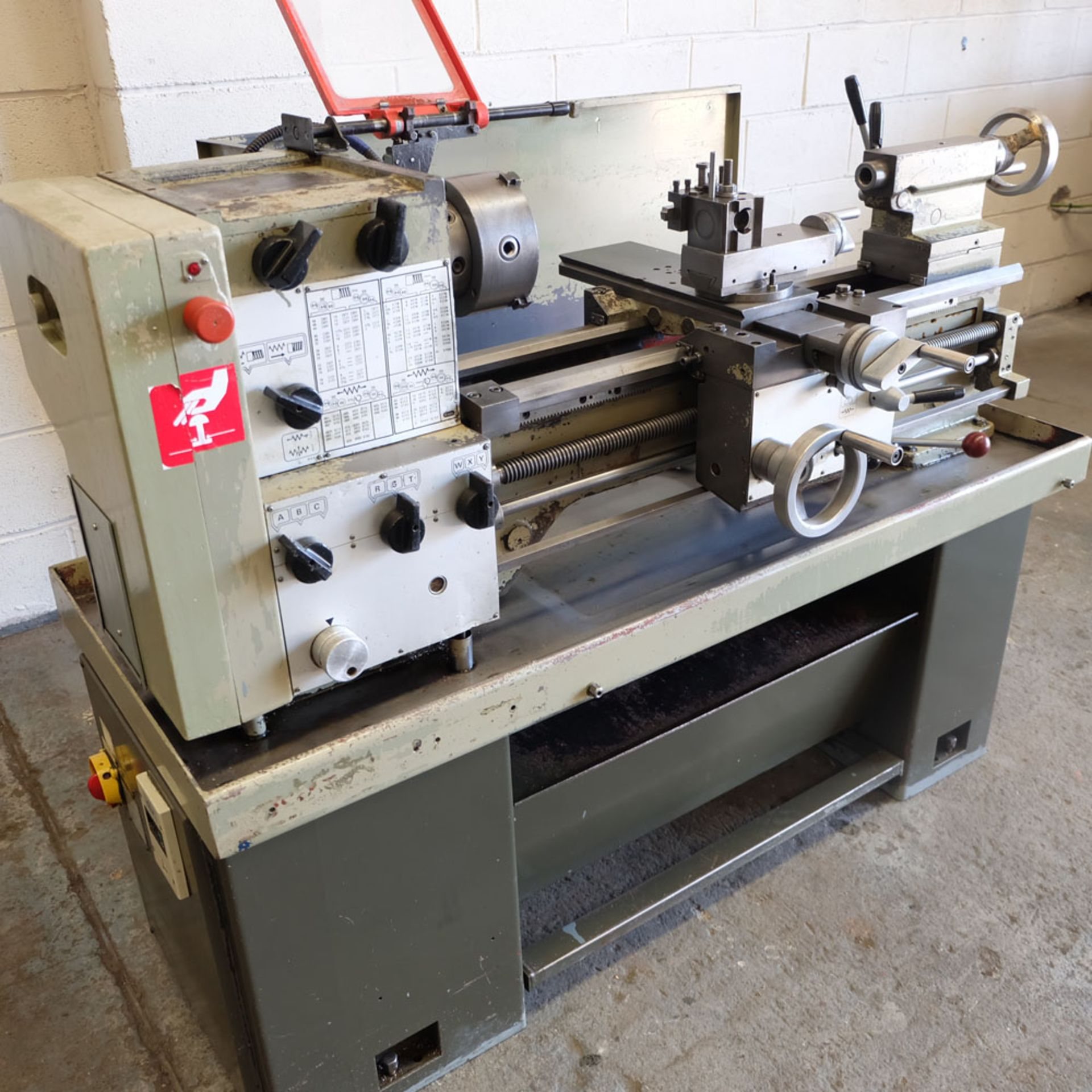 Harrison M300 Centre Lathe. Swing Over Bed: 330mm. Distance Between Centres: 635mm. - Image 3 of 8