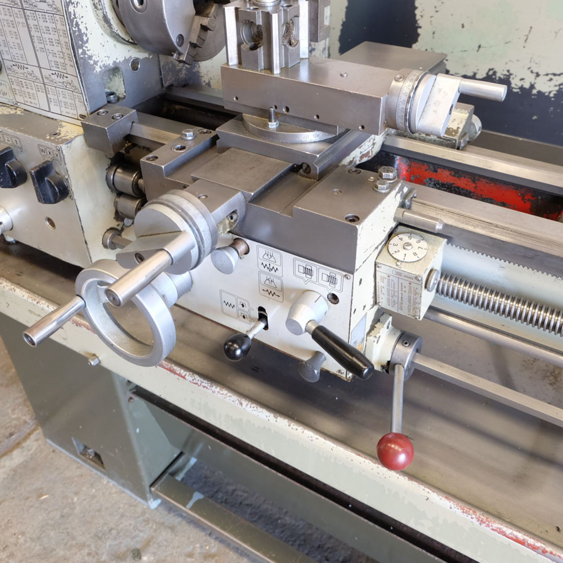 Harrison M300 Centre Lathe. Swing Over Bed: 330mm. Distance Between Centres: 635mm. - Image 7 of 8
