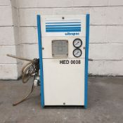 Ultrapac Tupe HED 0008 Oil Cooler. Working Temp: 4 Degrees Cenrigrade - 35 Degrees Centigrade.