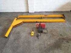 King Model 250-2 Swing Job Lifting Hoist. Floor To Hook 2000mm Aprox. Max Capacity 250Kg.