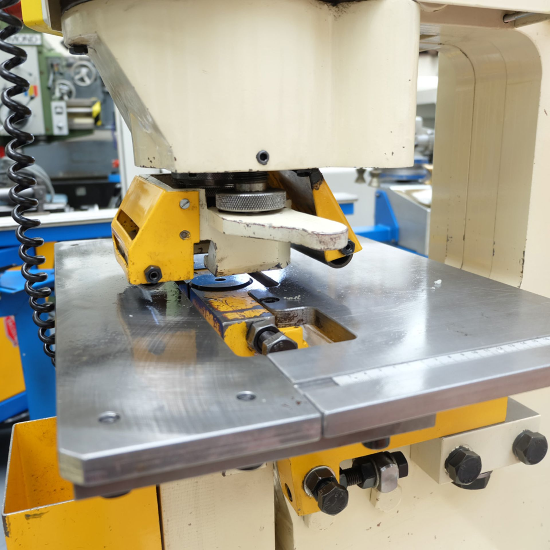 GEKA Model HYD 80/A Universal Steelworker - Image 5 of 21