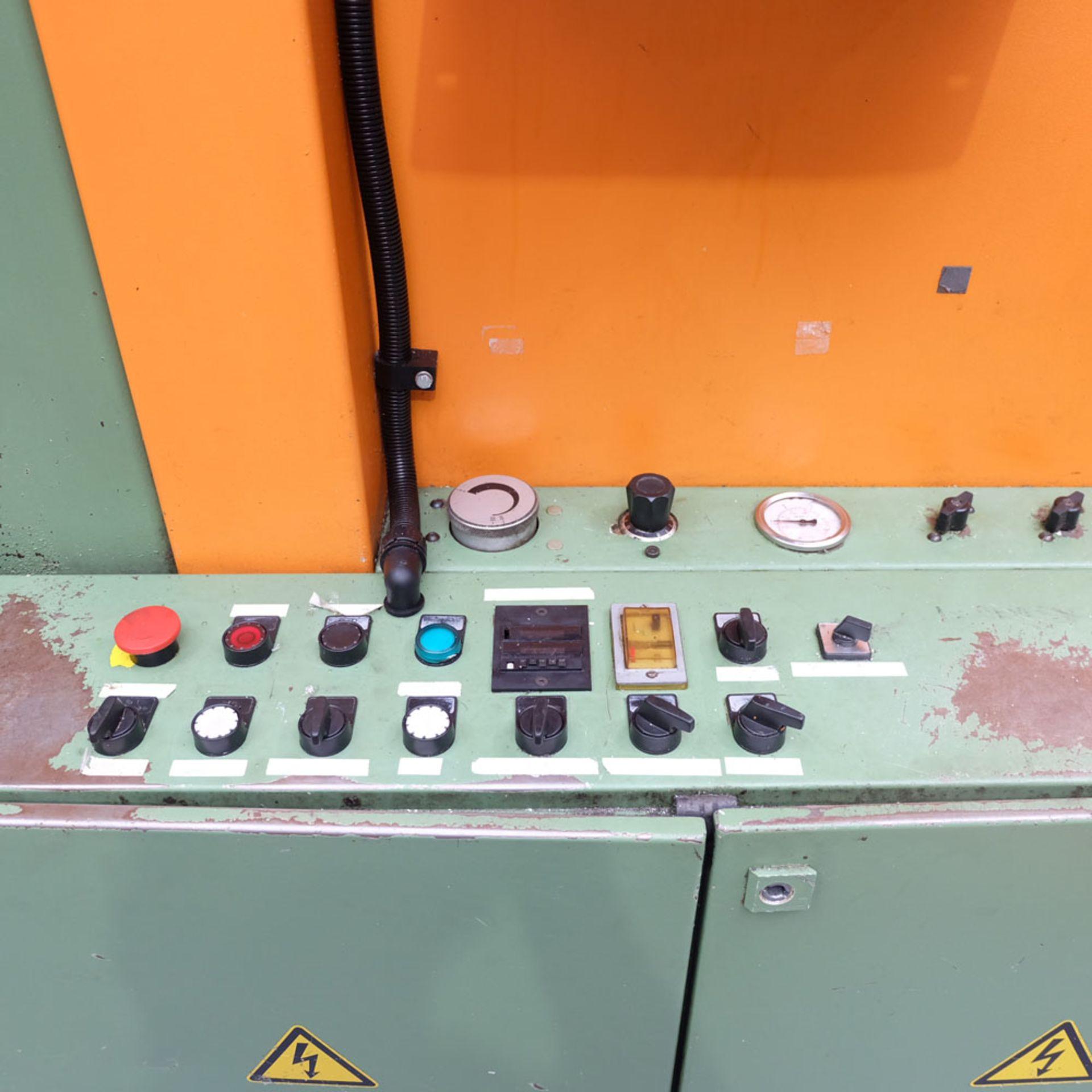 Kasto HBA 420 AU Heavy Duty Automatic Horizontal Band Sawing Machine. - Image 3 of 7