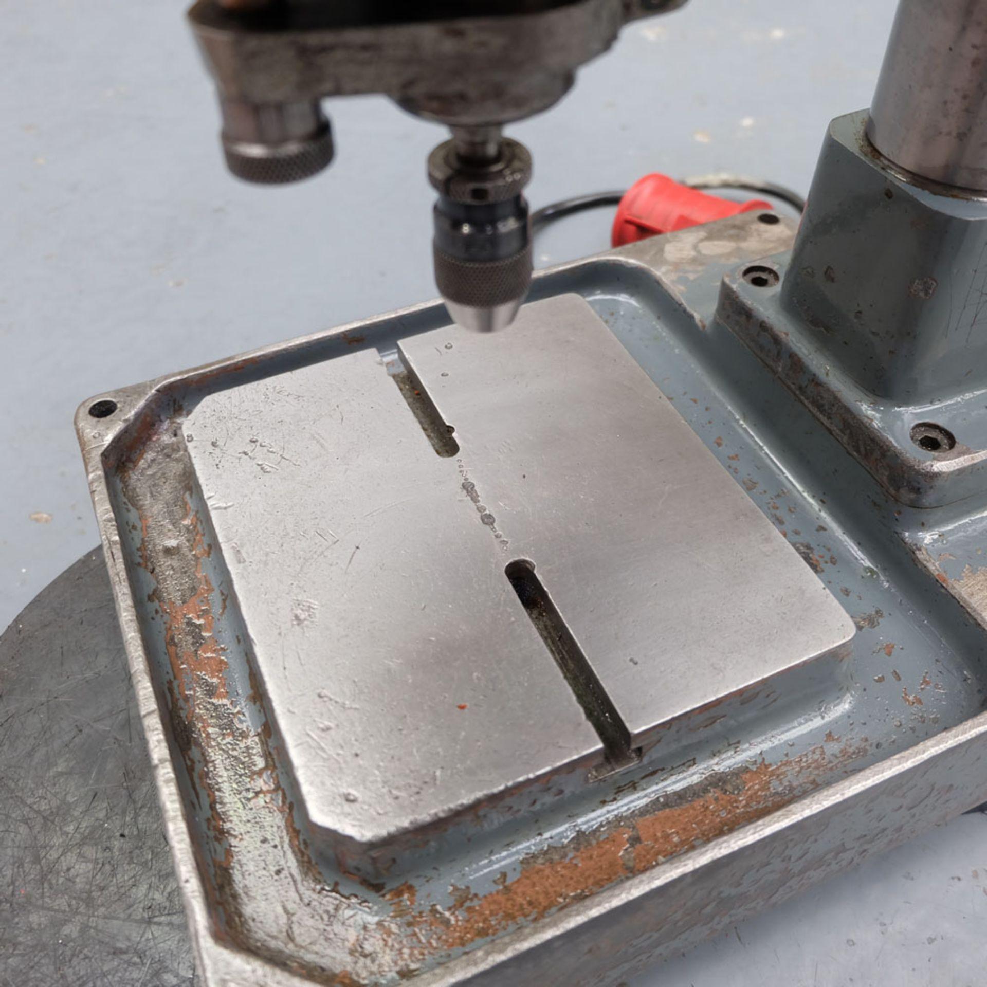 """Spindeldrehzahlen High Speed Bench Drill. 8 x Speeds: 650 - 12,0000 rpm. Drilling Depth: 2"""". - Image 4 of 5"""