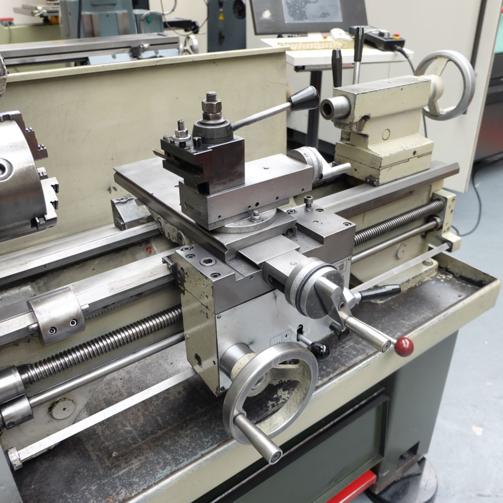 Harrison M300 Straight Bed Centre Lathe. - Image 4 of 6
