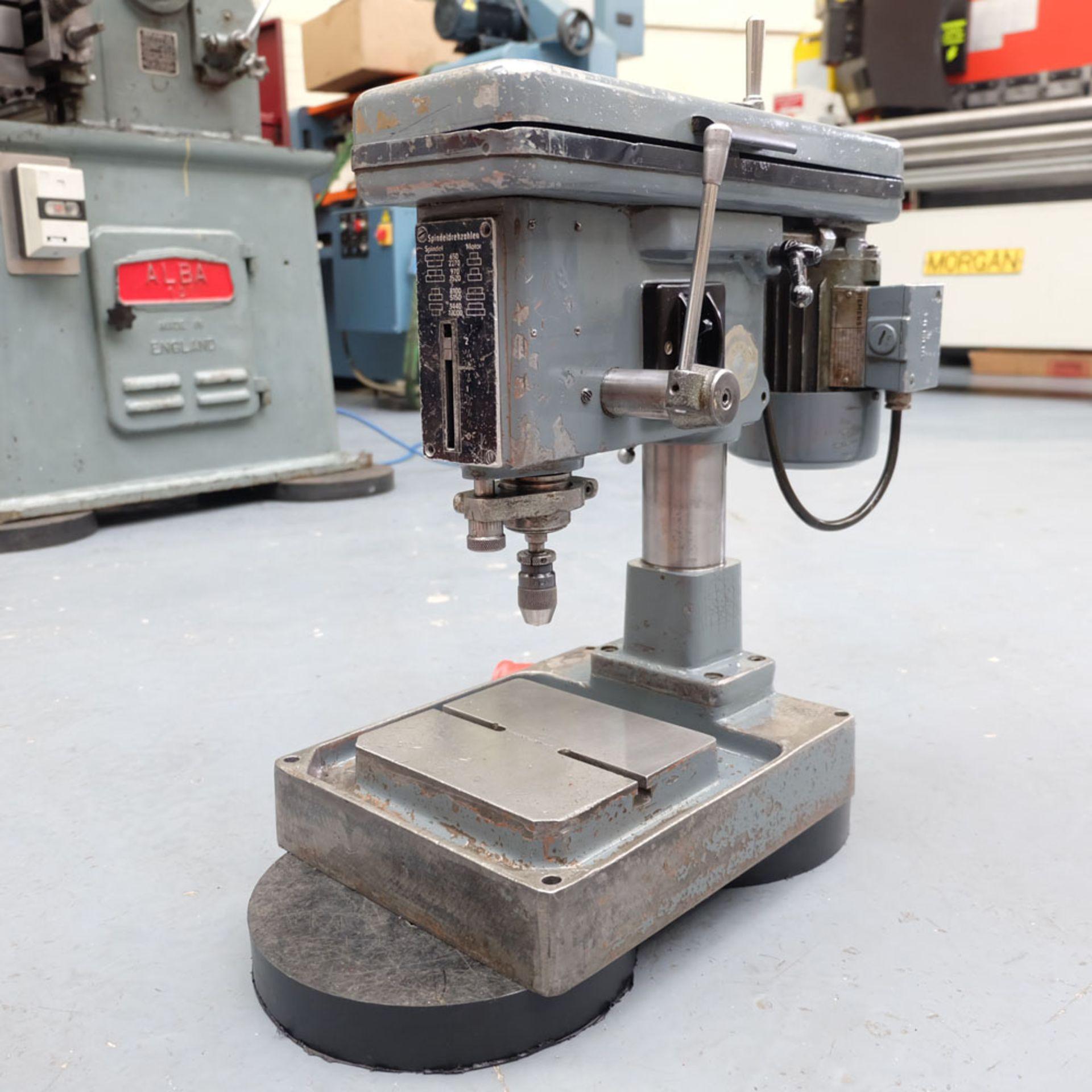 """Spindeldrehzahlen High Speed Bench Drill. 8 x Speeds: 650 - 12,0000 rpm. Drilling Depth: 2""""."""