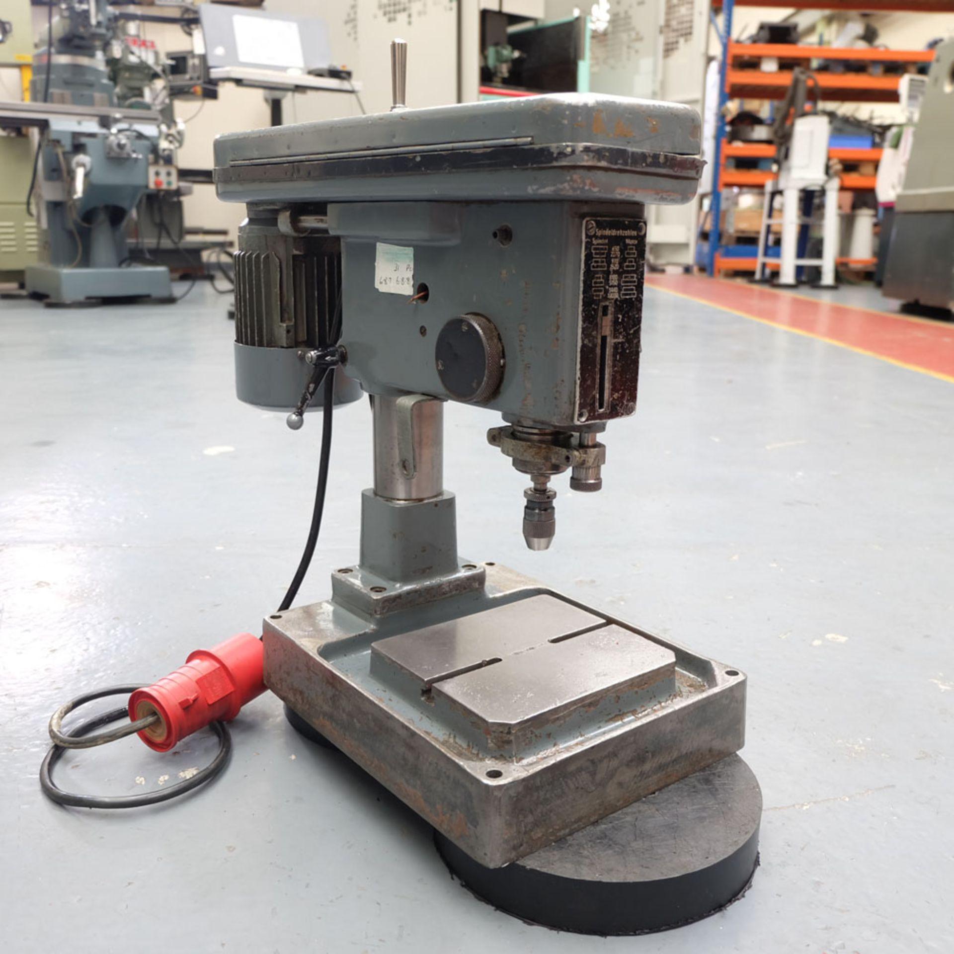 """Spindeldrehzahlen High Speed Bench Drill. 8 x Speeds: 650 - 12,0000 rpm. Drilling Depth: 2"""". - Image 2 of 5"""