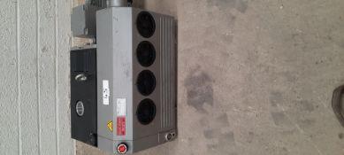 Gardner Denver Type VC 100: oil lubricated rotary vane combination vacuum and pressure pump