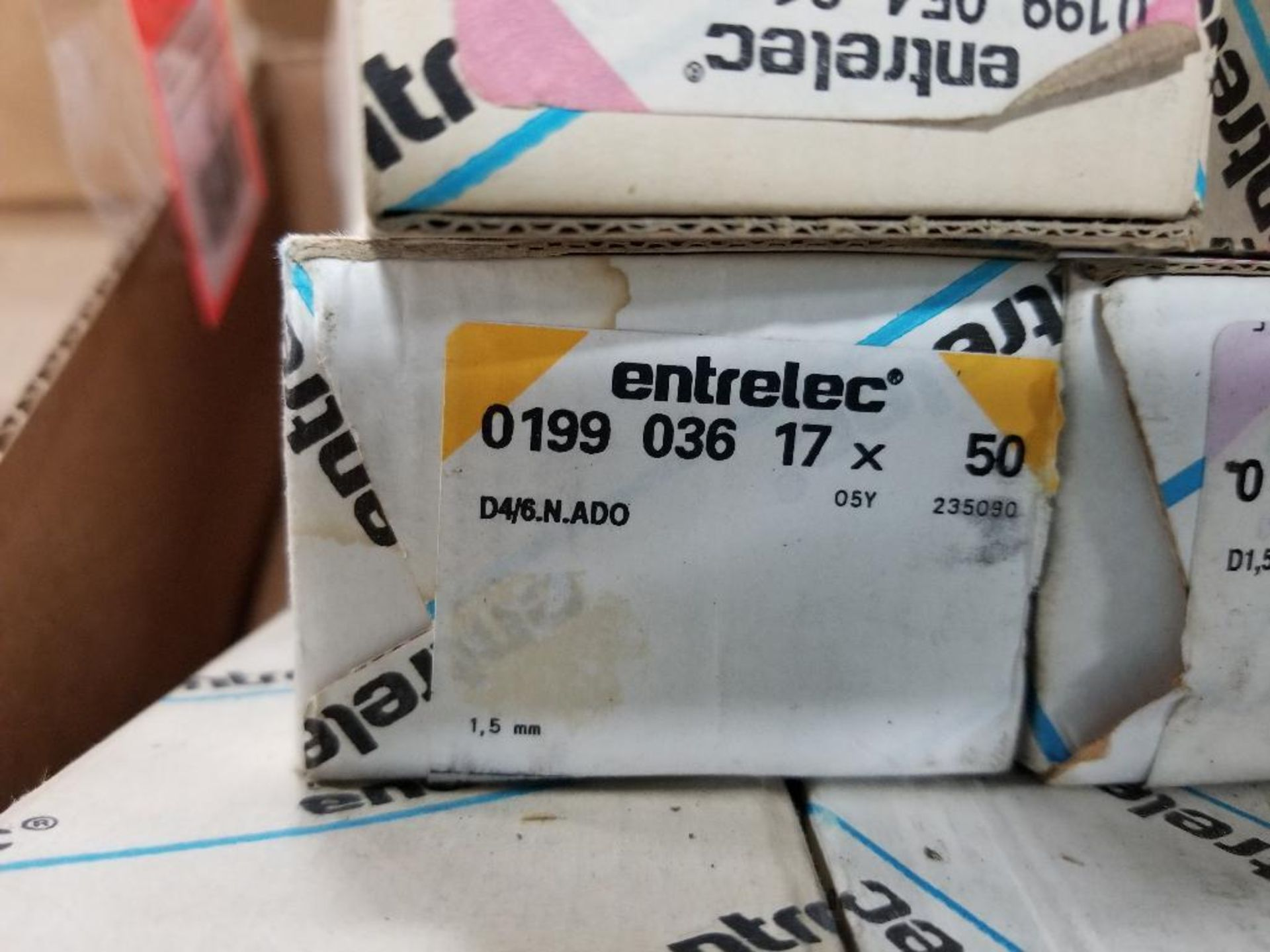 Assorted Entrelec fuse holder blocks. - Image 5 of 10